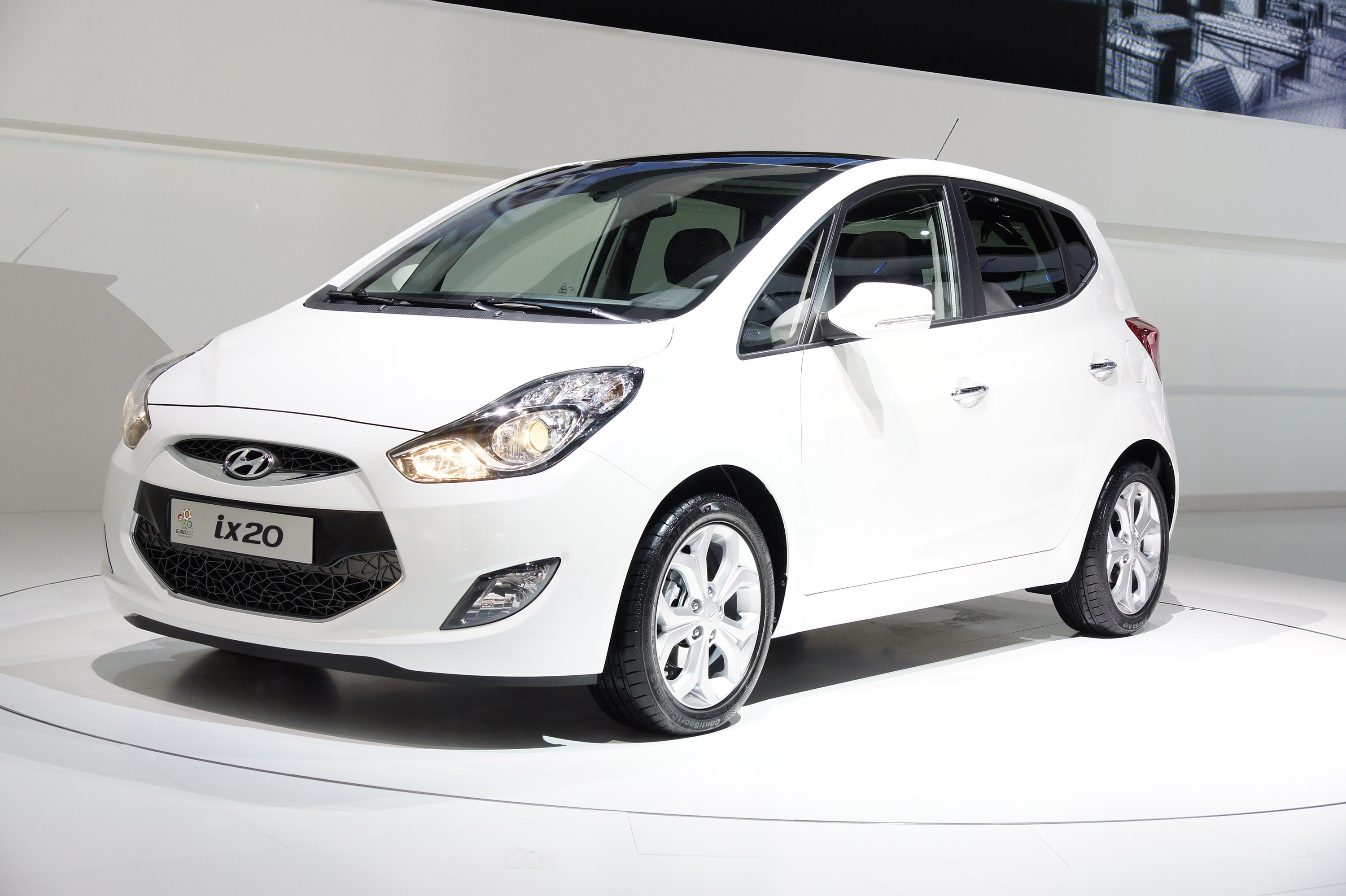2013 hyundai ix20 pictures information and specs auto. Black Bedroom Furniture Sets. Home Design Ideas