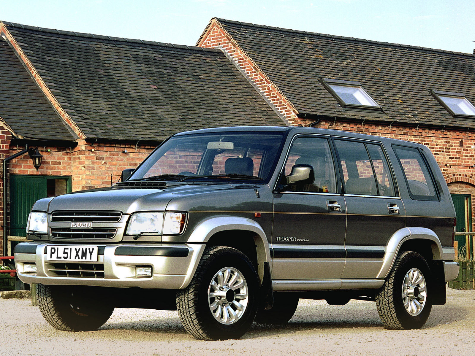 isuzu trooper #13