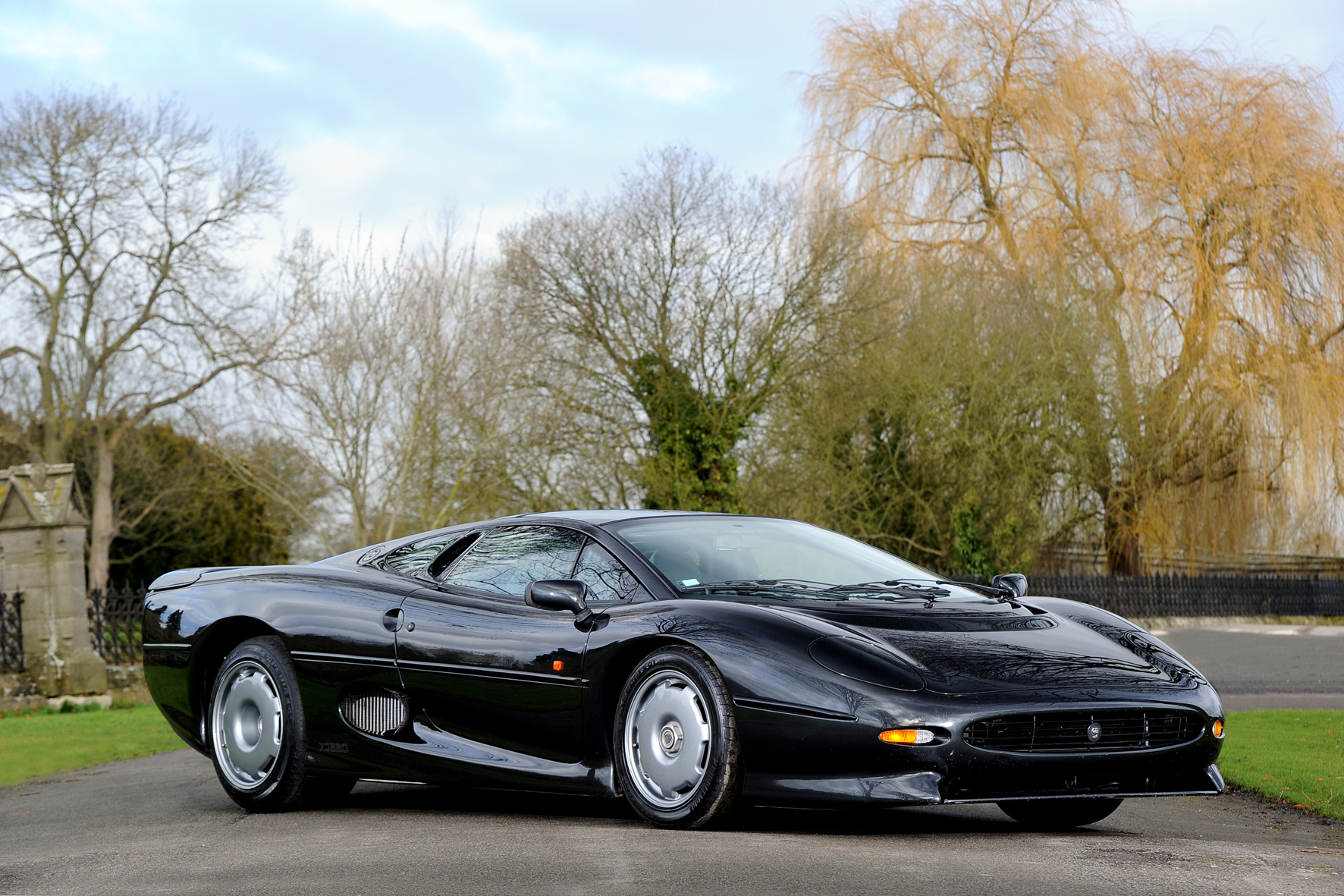 jaguar xj220 wallpaper #4