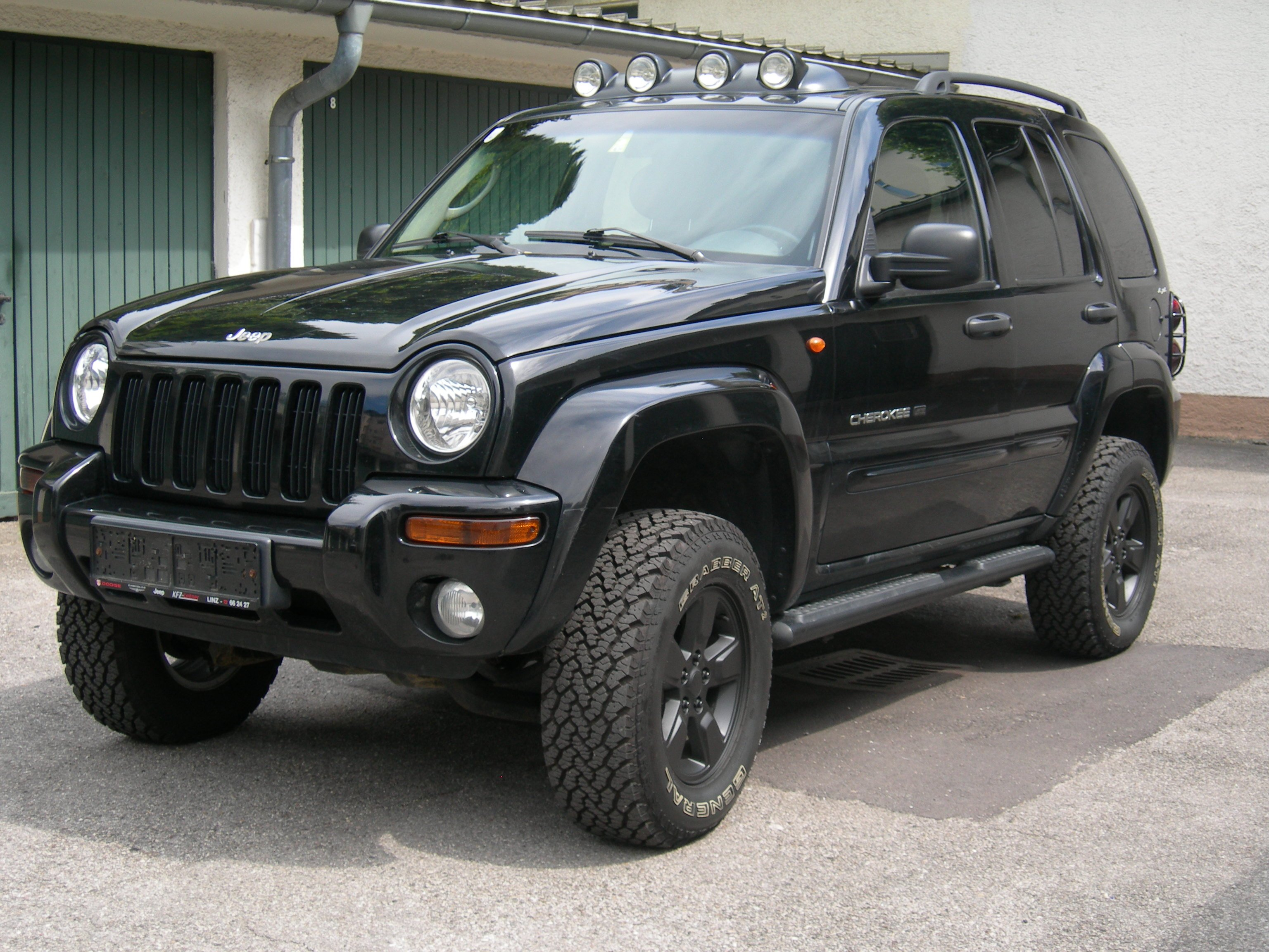 2003 Jeep Cherokee Kj Pictures Information And Specs