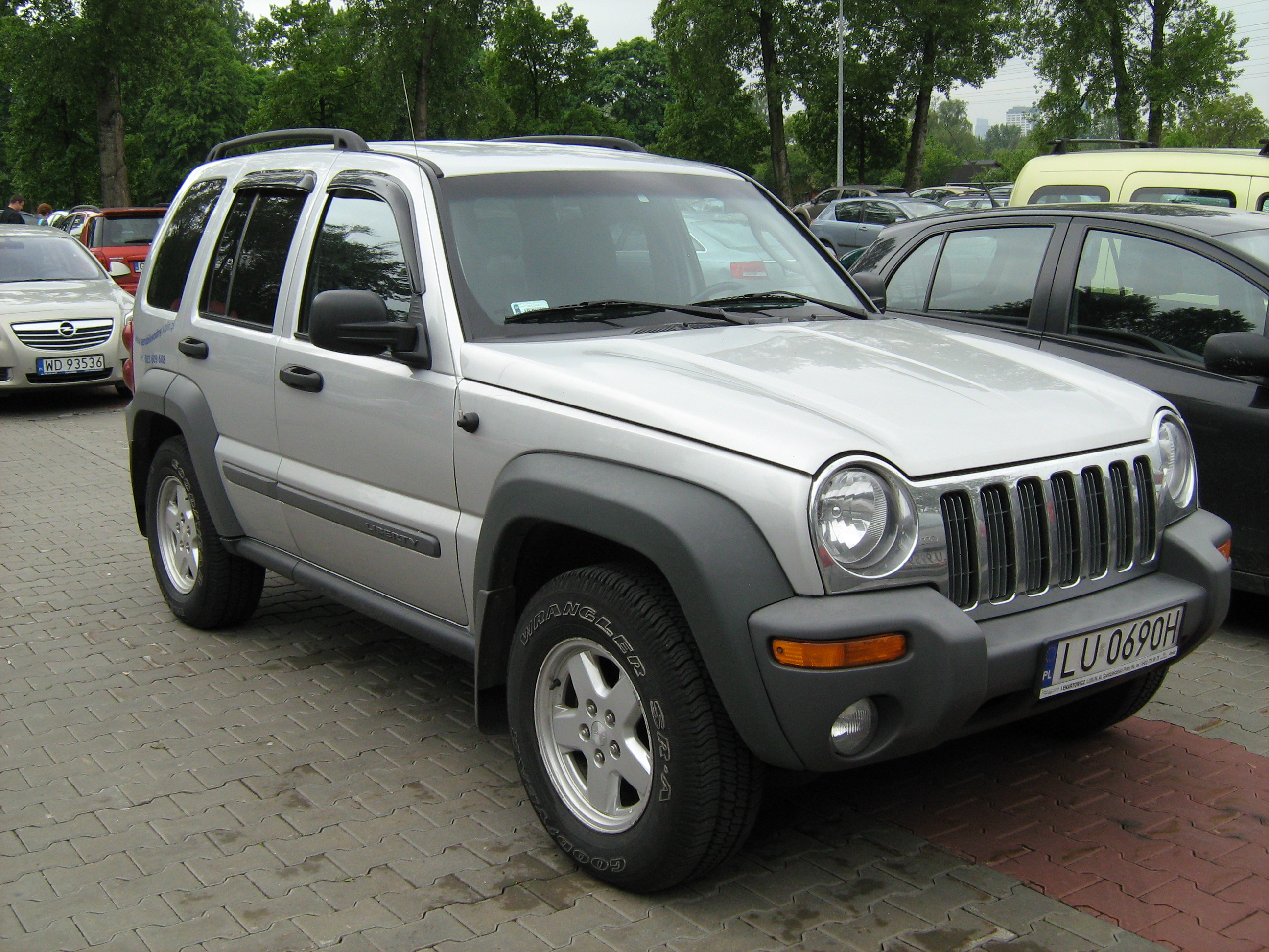 2004 jeep cherokee kj pictures information and specs auto. Black Bedroom Furniture Sets. Home Design Ideas