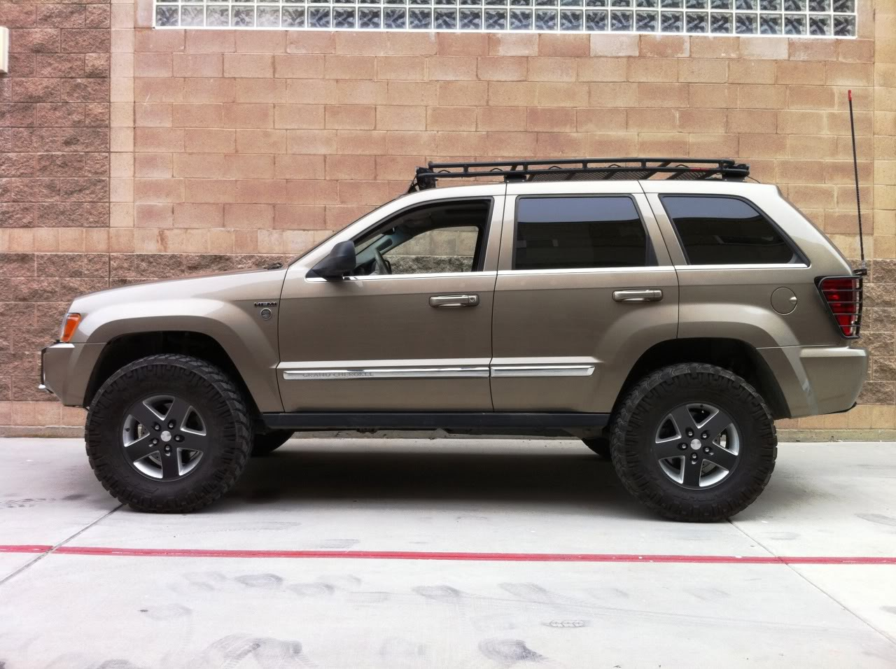 2006 jeep grand cherokee wk pictures information and specs auto. Black Bedroom Furniture Sets. Home Design Ideas