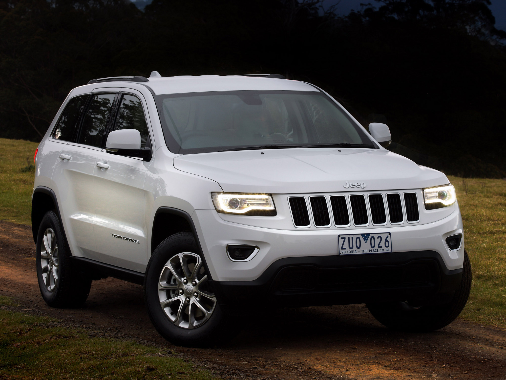 2016 jeep grand cherokee wk pictures information and specs auto. Black Bedroom Furniture Sets. Home Design Ideas