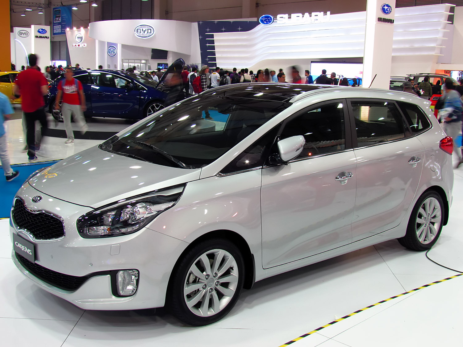 2015 kia carens iii pictures information and specs auto. Black Bedroom Furniture Sets. Home Design Ideas
