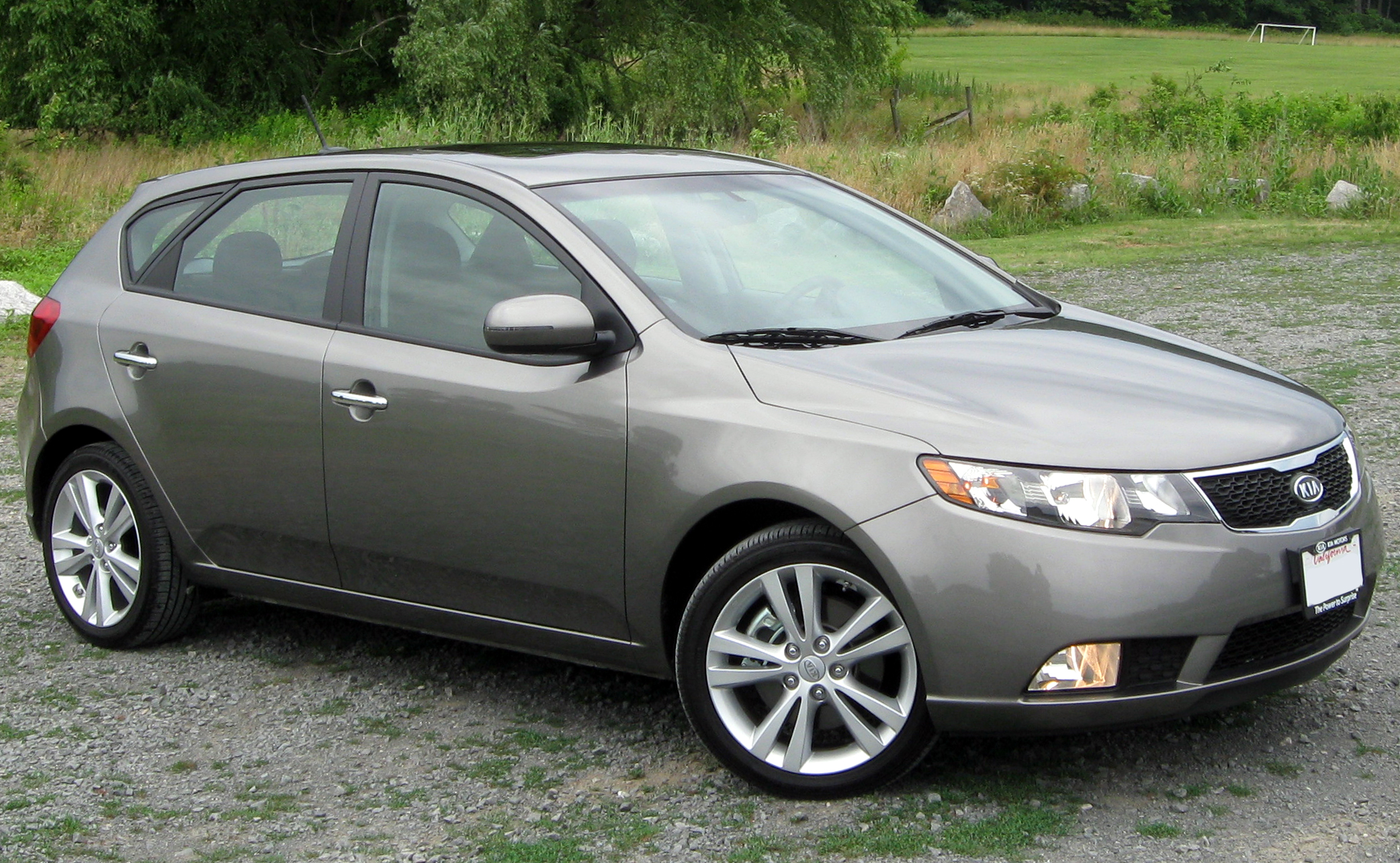 2011 kia forte hatchback pictures information and specs auto. Black Bedroom Furniture Sets. Home Design Ideas