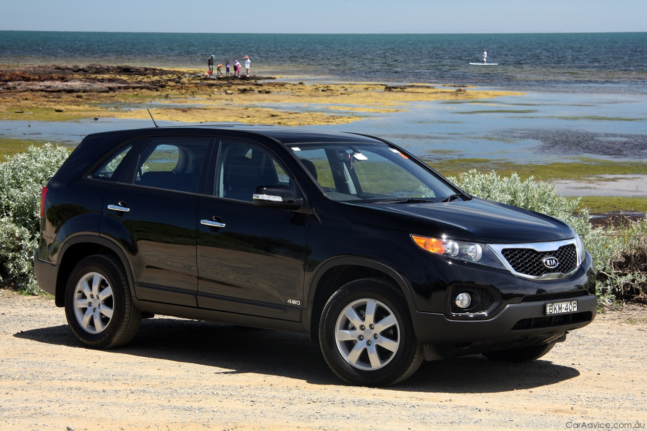 2009 kia sorento ii pictures information and specs. Black Bedroom Furniture Sets. Home Design Ideas