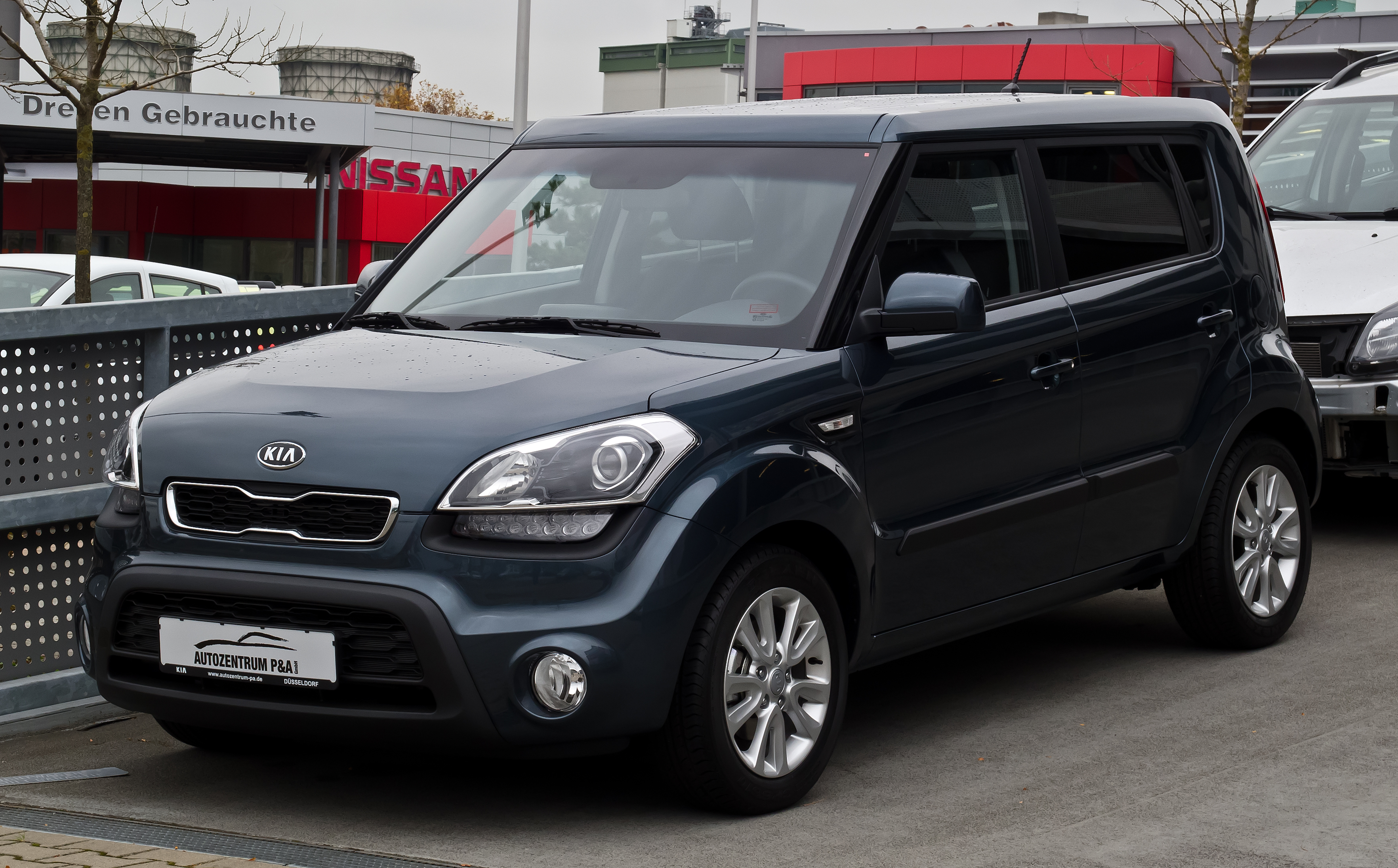 kia soul pictures information and specs auto. Black Bedroom Furniture Sets. Home Design Ideas