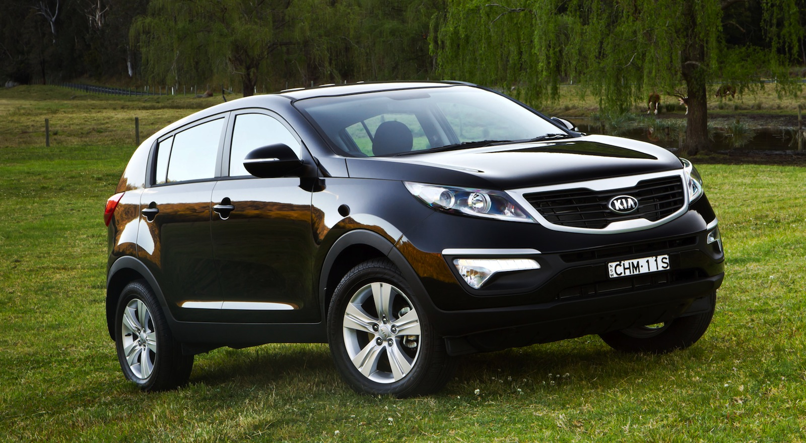 2014 kia sportage iii pictures information and specs auto. Black Bedroom Furniture Sets. Home Design Ideas
