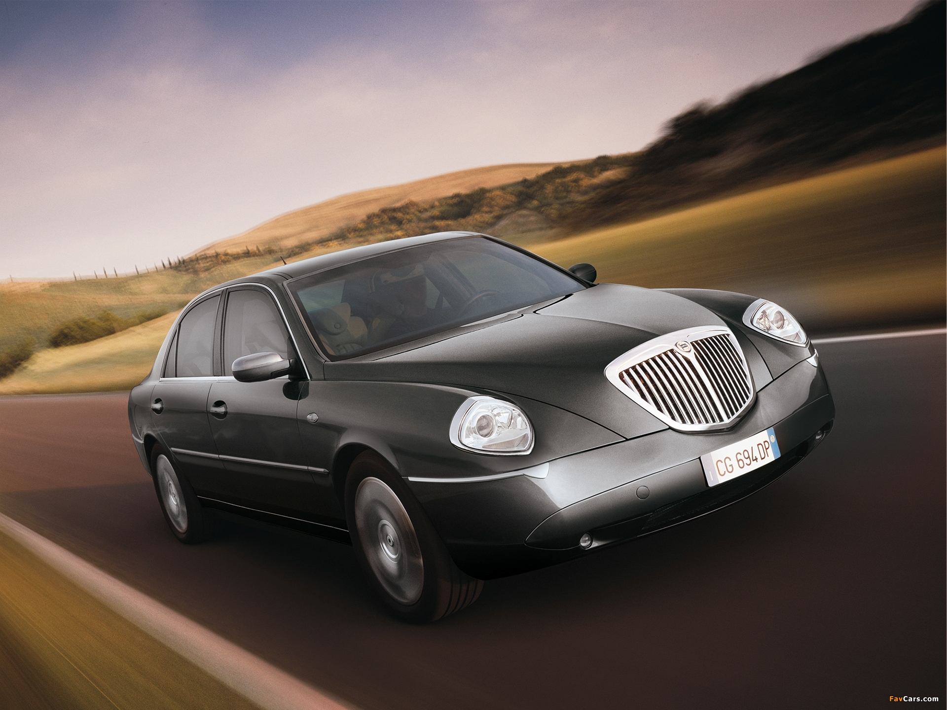 http://auto-database.com/image/lancia-thesis-2002-pictures-174703.jpg