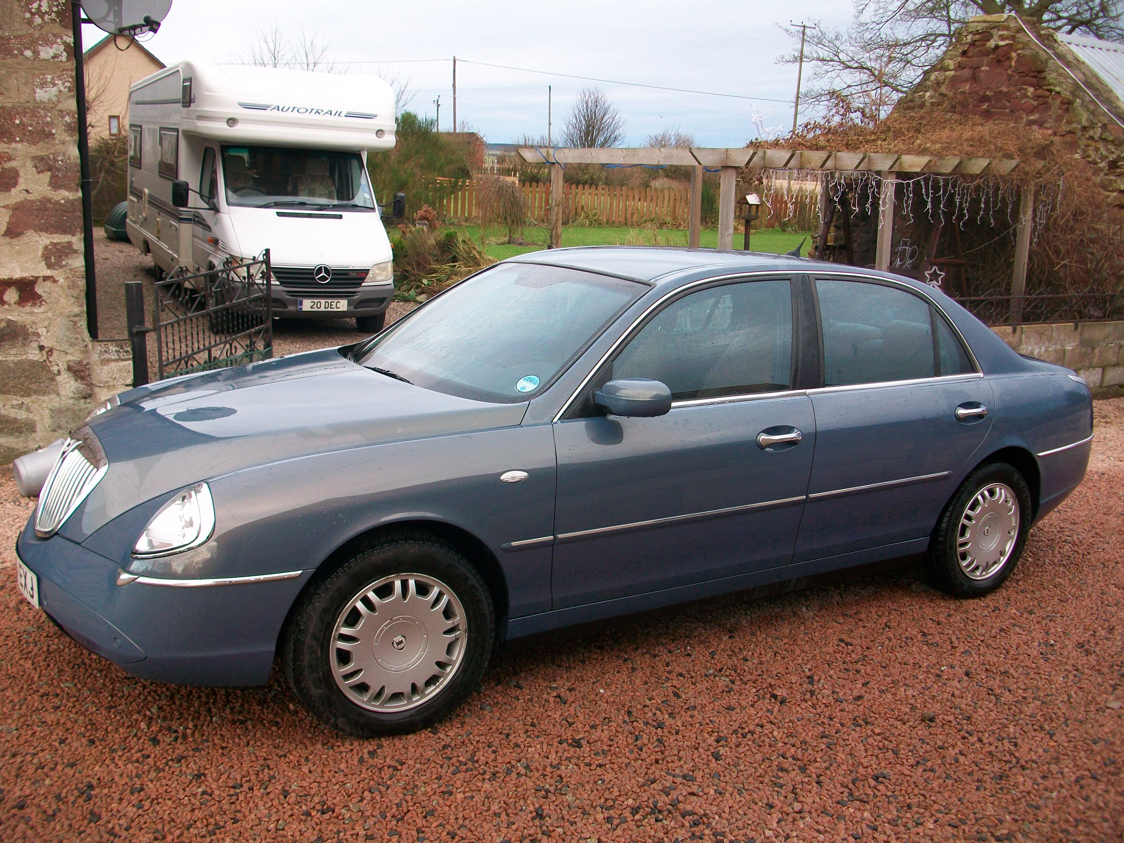 lancia thesis uk Selection of left hand drive lancia cars for salewe can source any new or used lhd lancia.