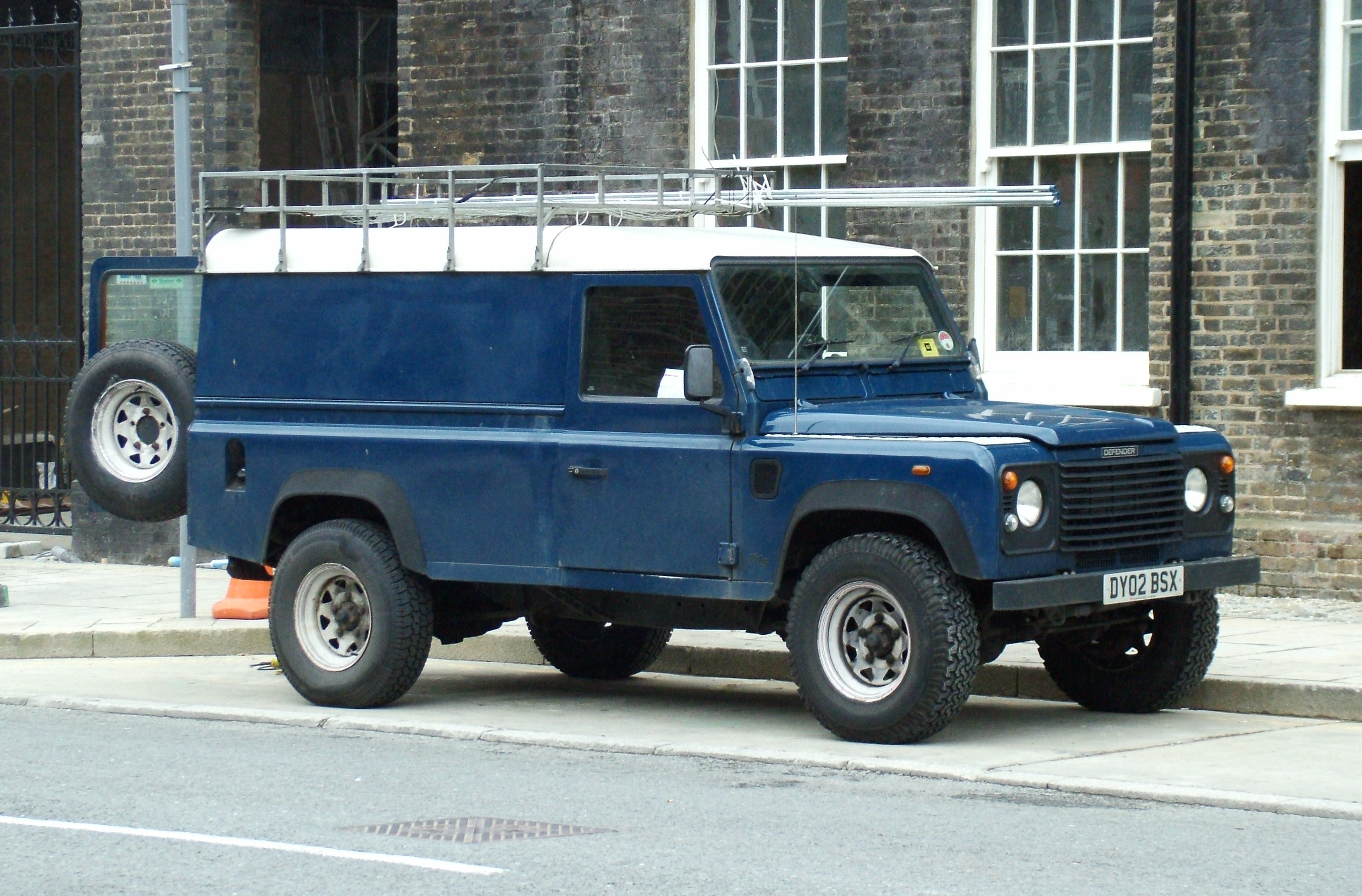 landrover other rover makes tame land news spectre defender project buy defenders look