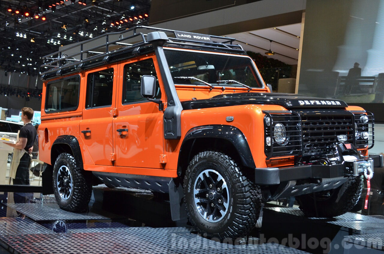 110 Wallpapers 2: 2015 Land Rover Defender 110