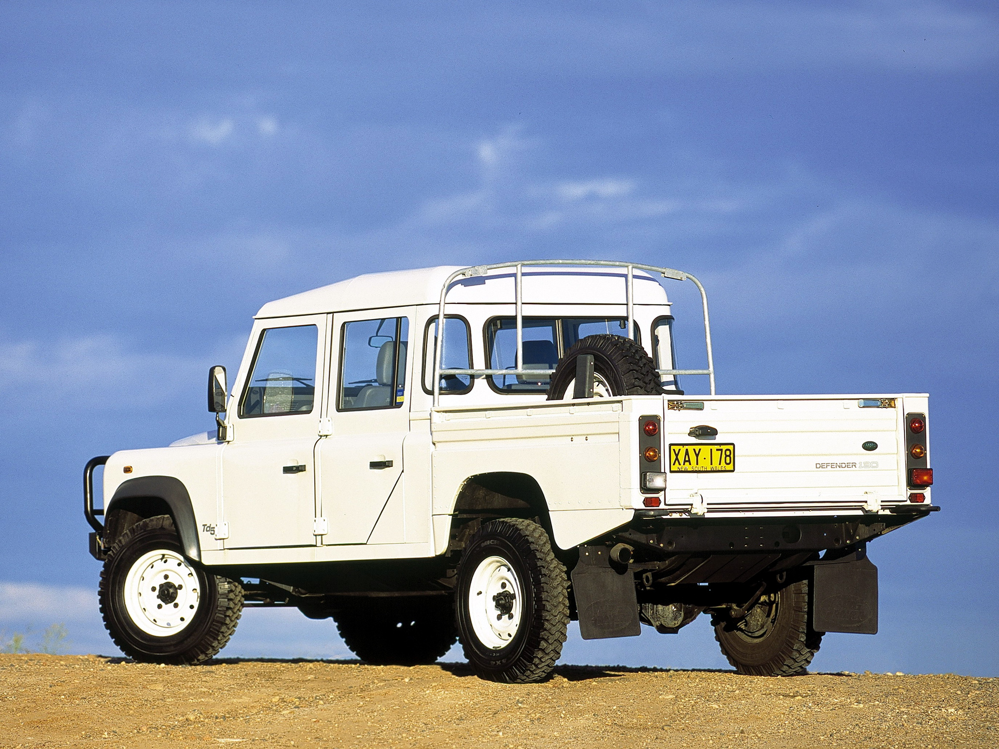 2007 land rover defender 130 pictures information and specs auto. Black Bedroom Furniture Sets. Home Design Ideas