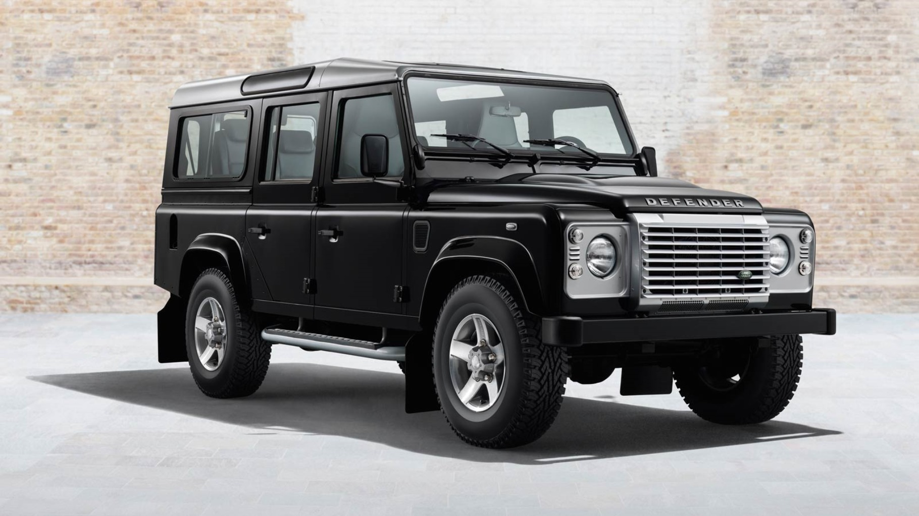 land rover defender pictures #2
