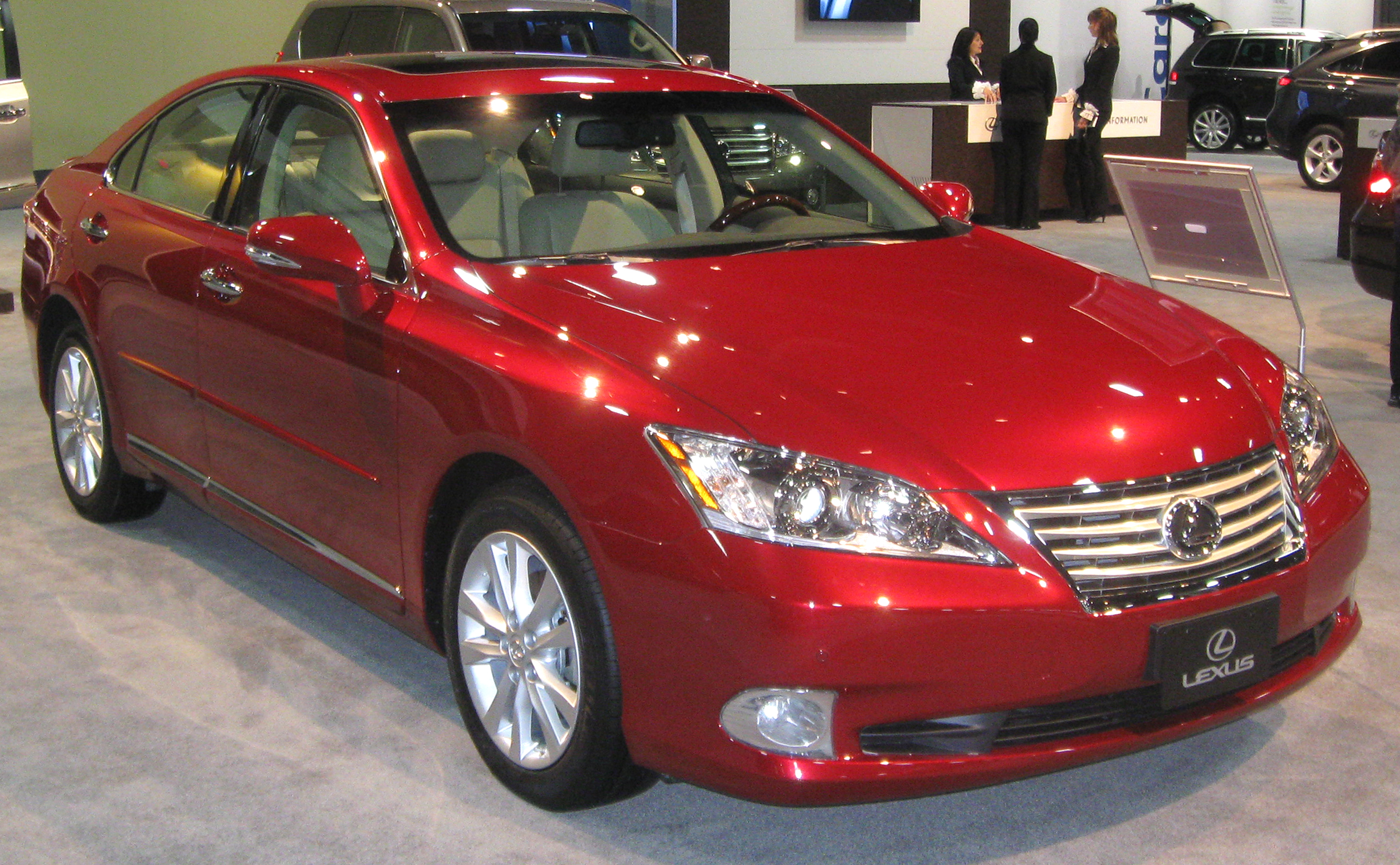 2010 lexus es 350 review edmunds autos post. Black Bedroom Furniture Sets. Home Design Ideas