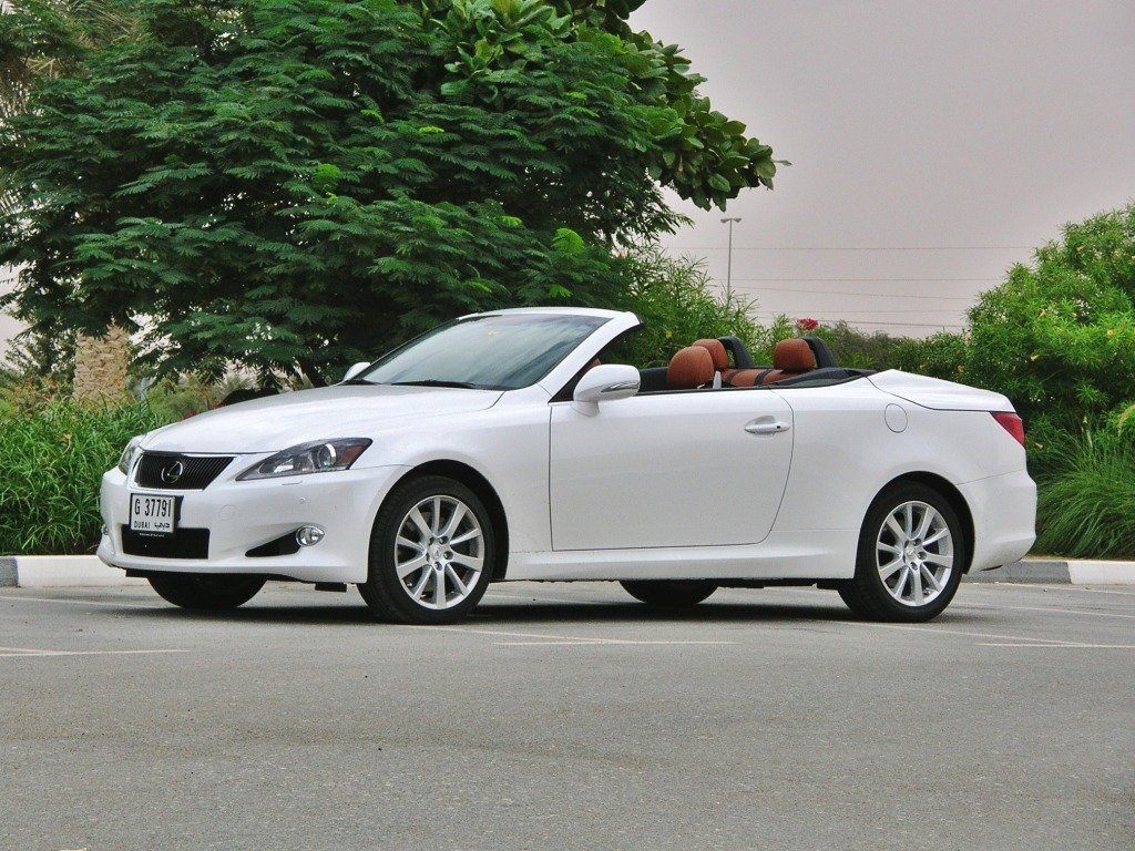 lexus is c 2012 pics