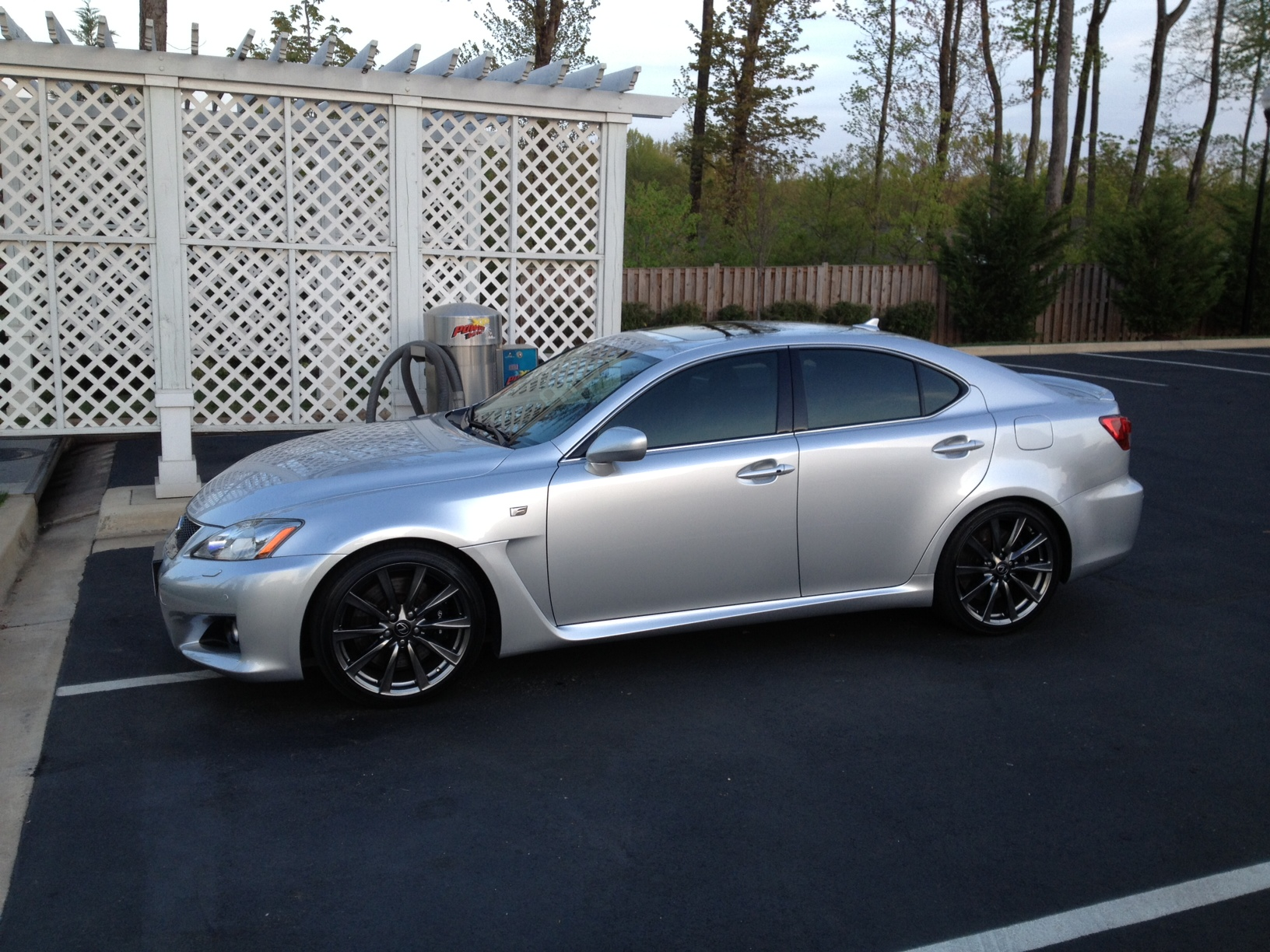 http://auto-database.com/image/lexus-is-f-2008-pictures-169611.jpg