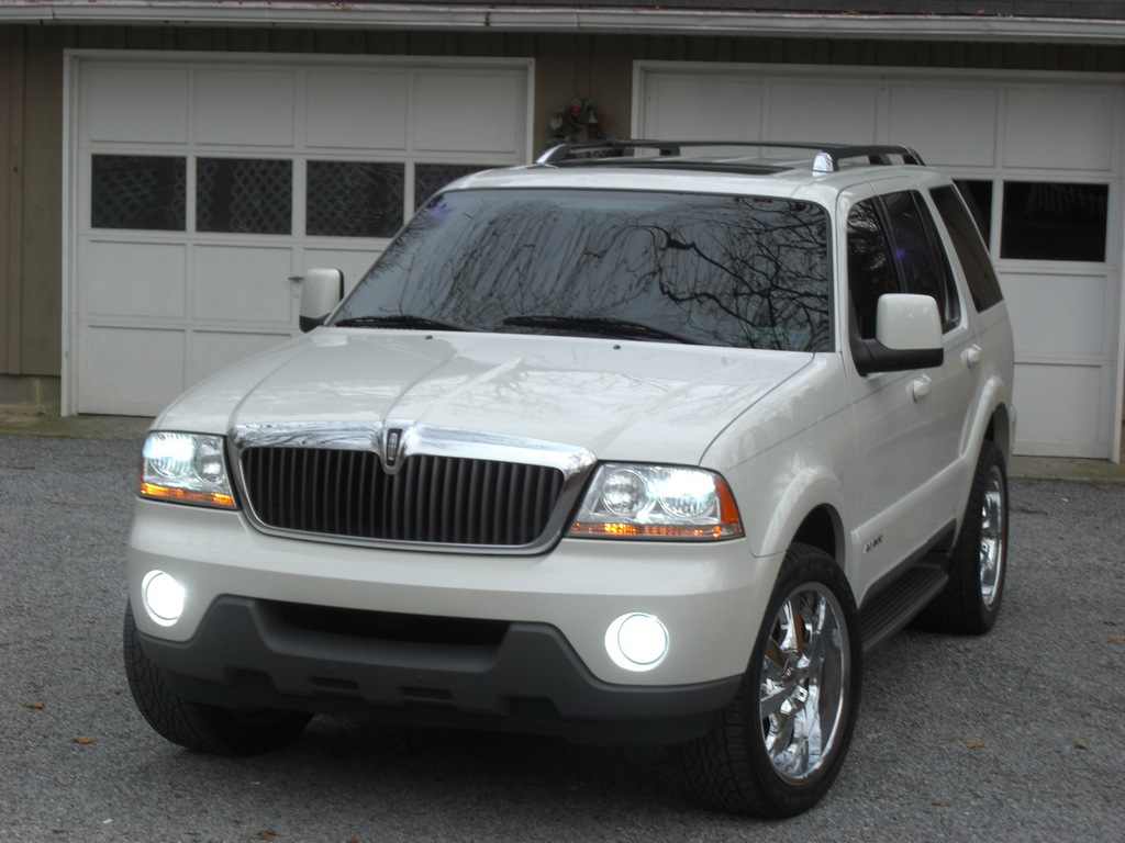 lincoln aviator pics