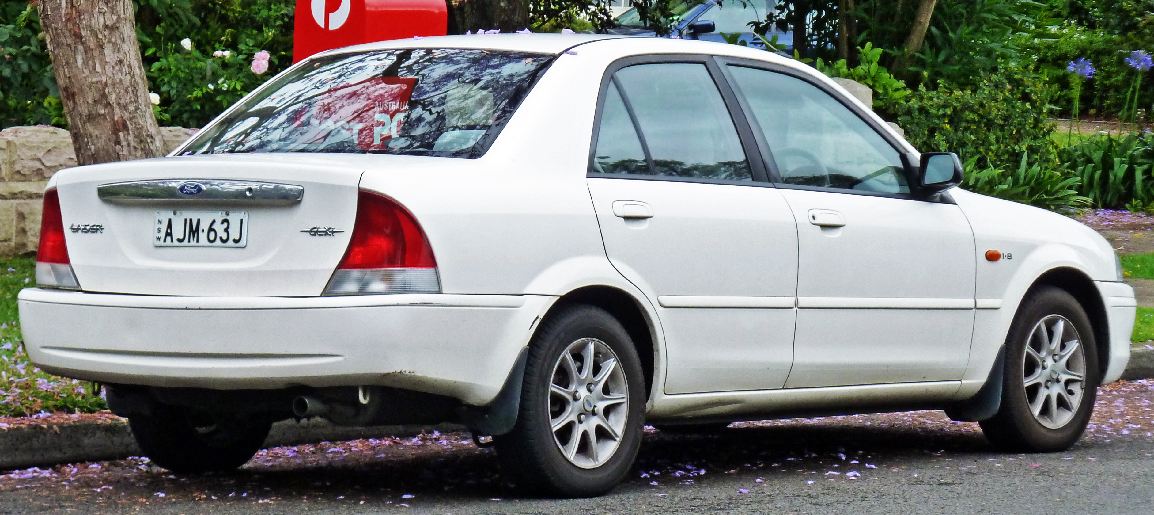 1999 Mazda 323 F Vi  Bj   U2013 Pictures  Information And Specs