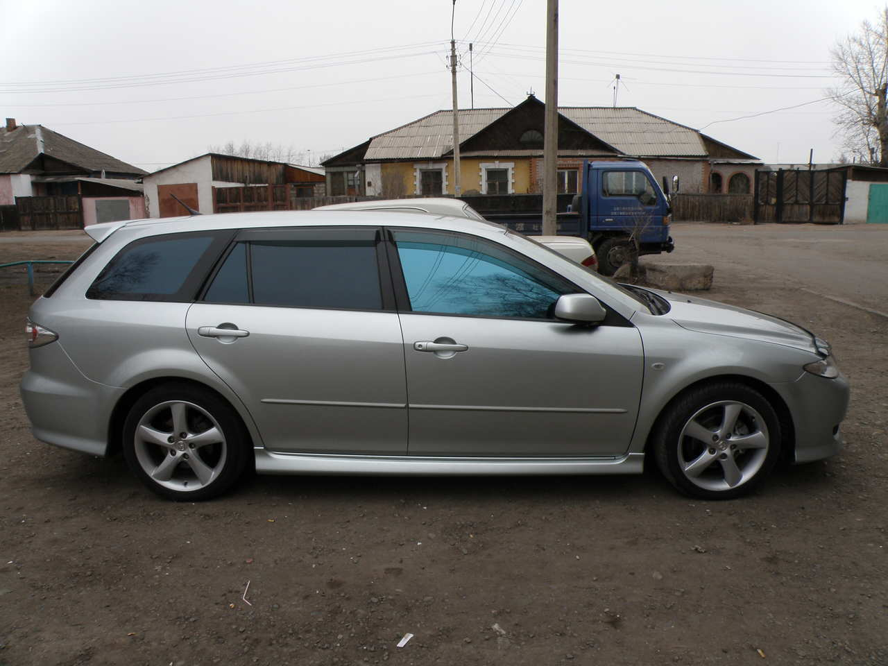 2005 Mazda Atenza i sport wagon – pictures, information and specs ...