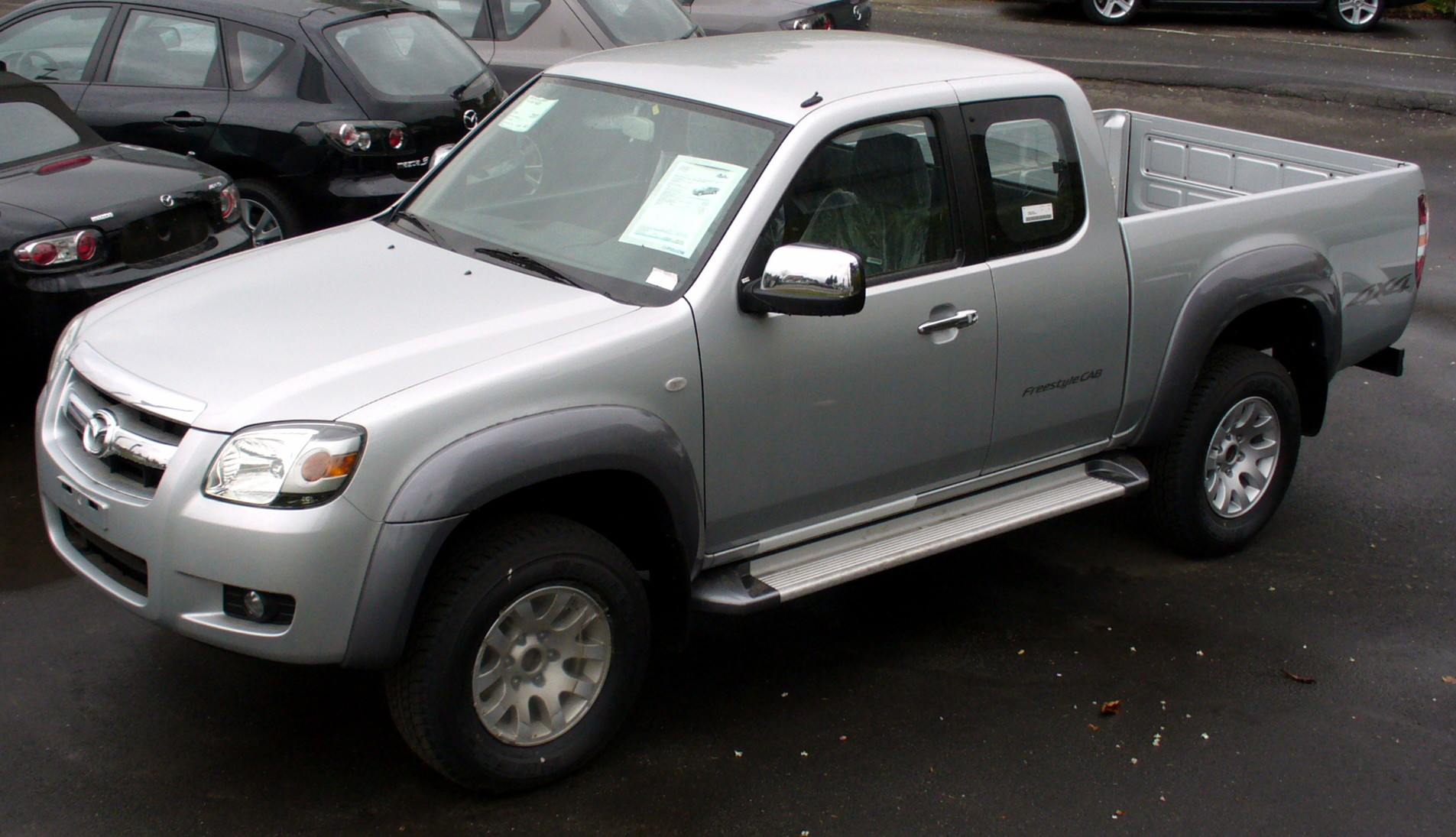 http://auto-database.com/image/mazda-bt-50-2009-pictures-155721.jpg