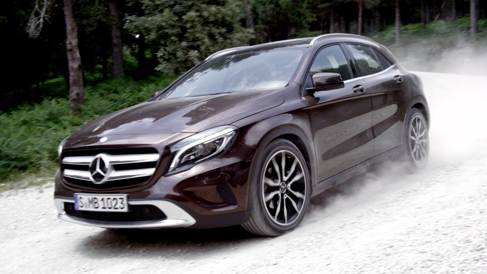 mercedes gla pictures