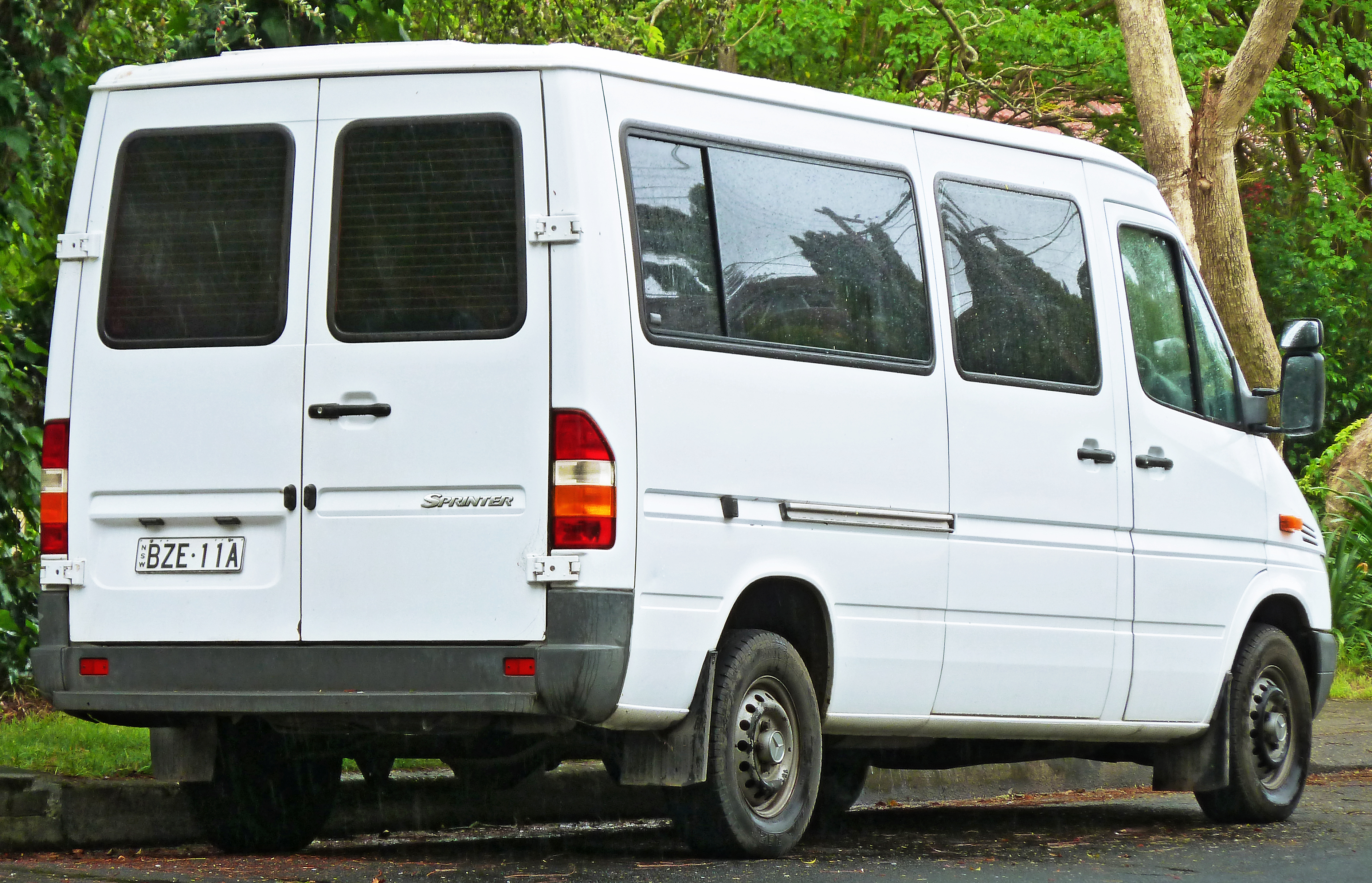 2003 Mercedes Sprinter Pictures Information And Specs