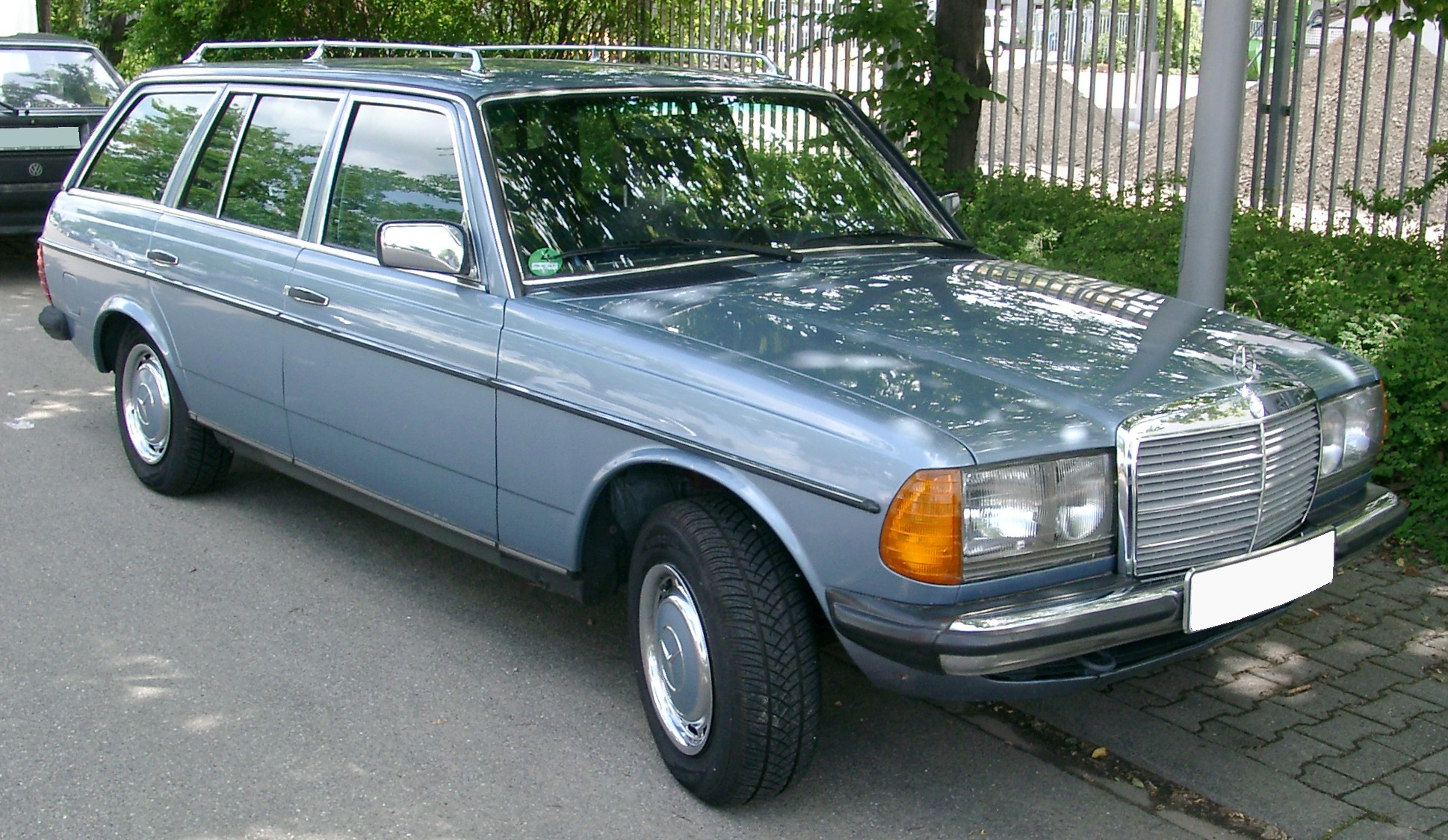 mercedes w123 images #12