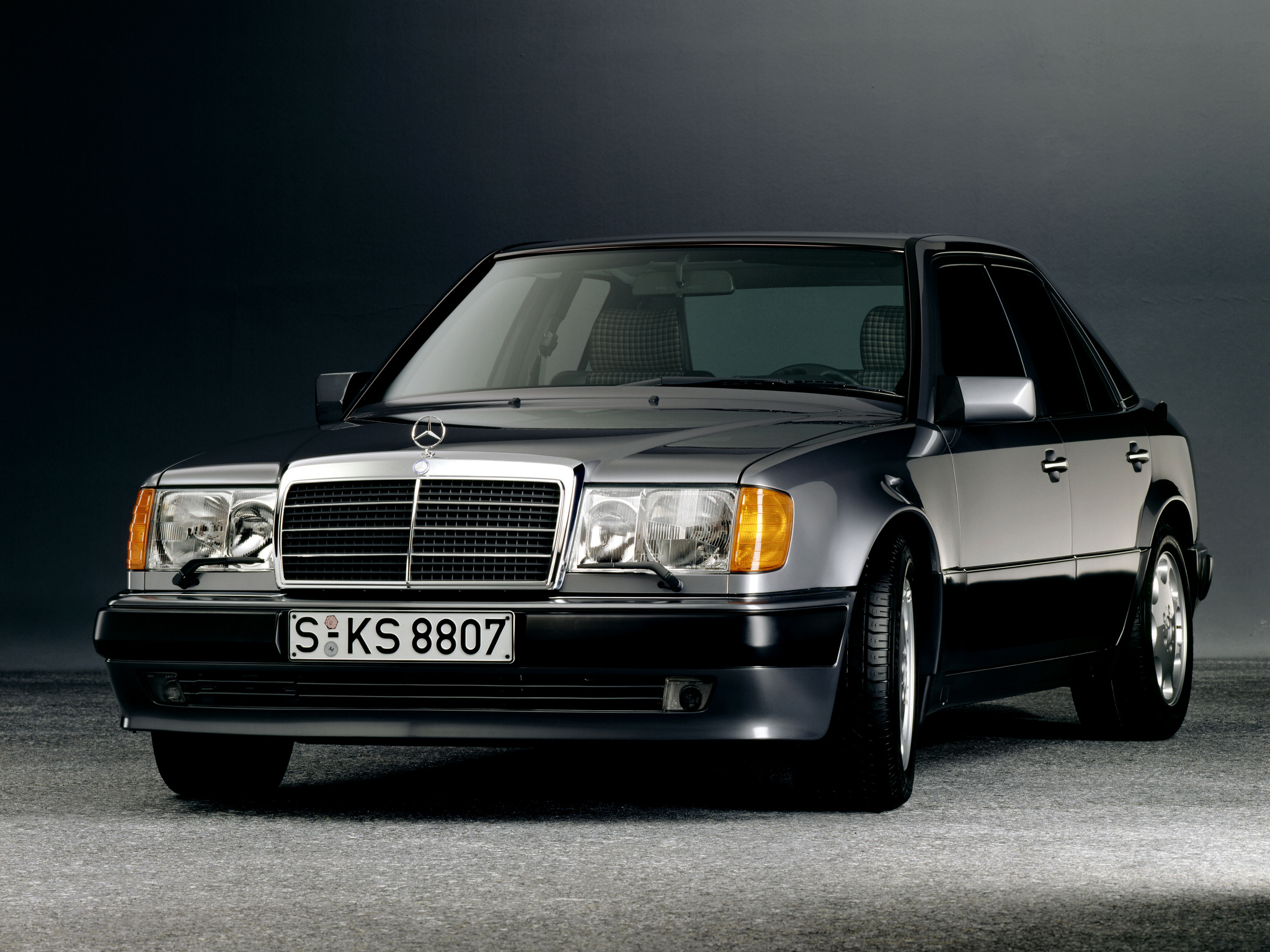 mercedes w124 1990 pictures