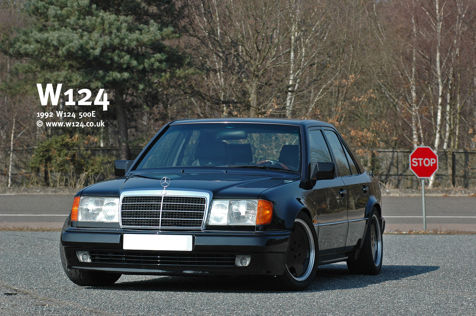 mercedes w124 1992 wallpaper