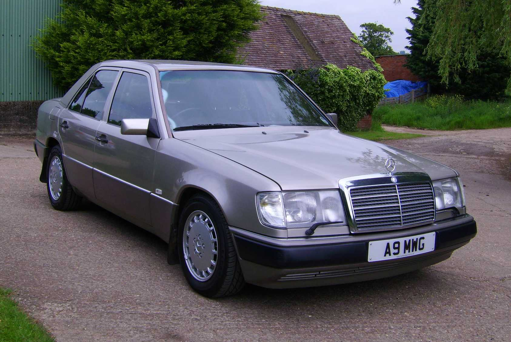 mercedes w124 coupe 1990 models
