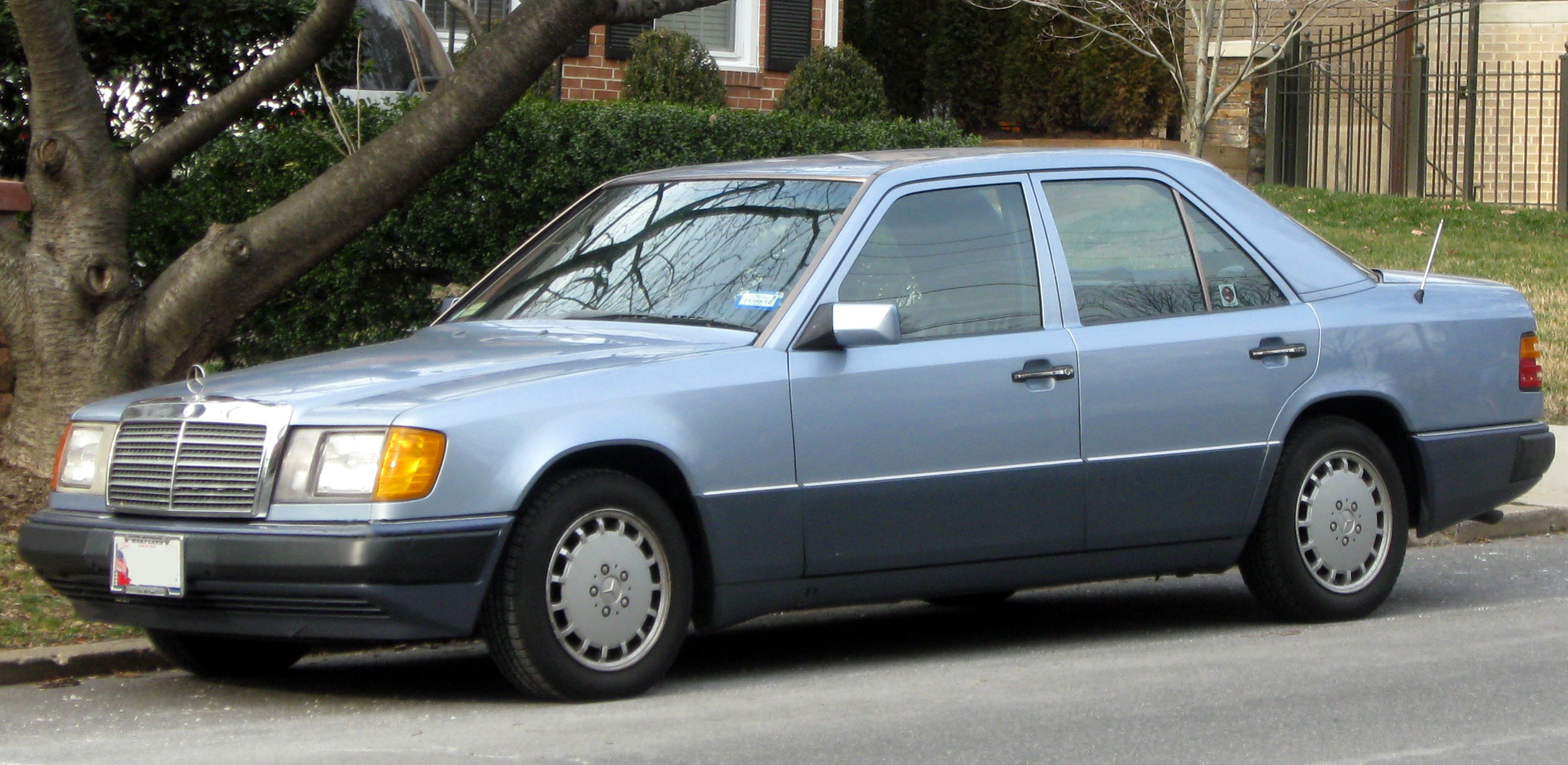 mercedes w124 coupe 1991 pics