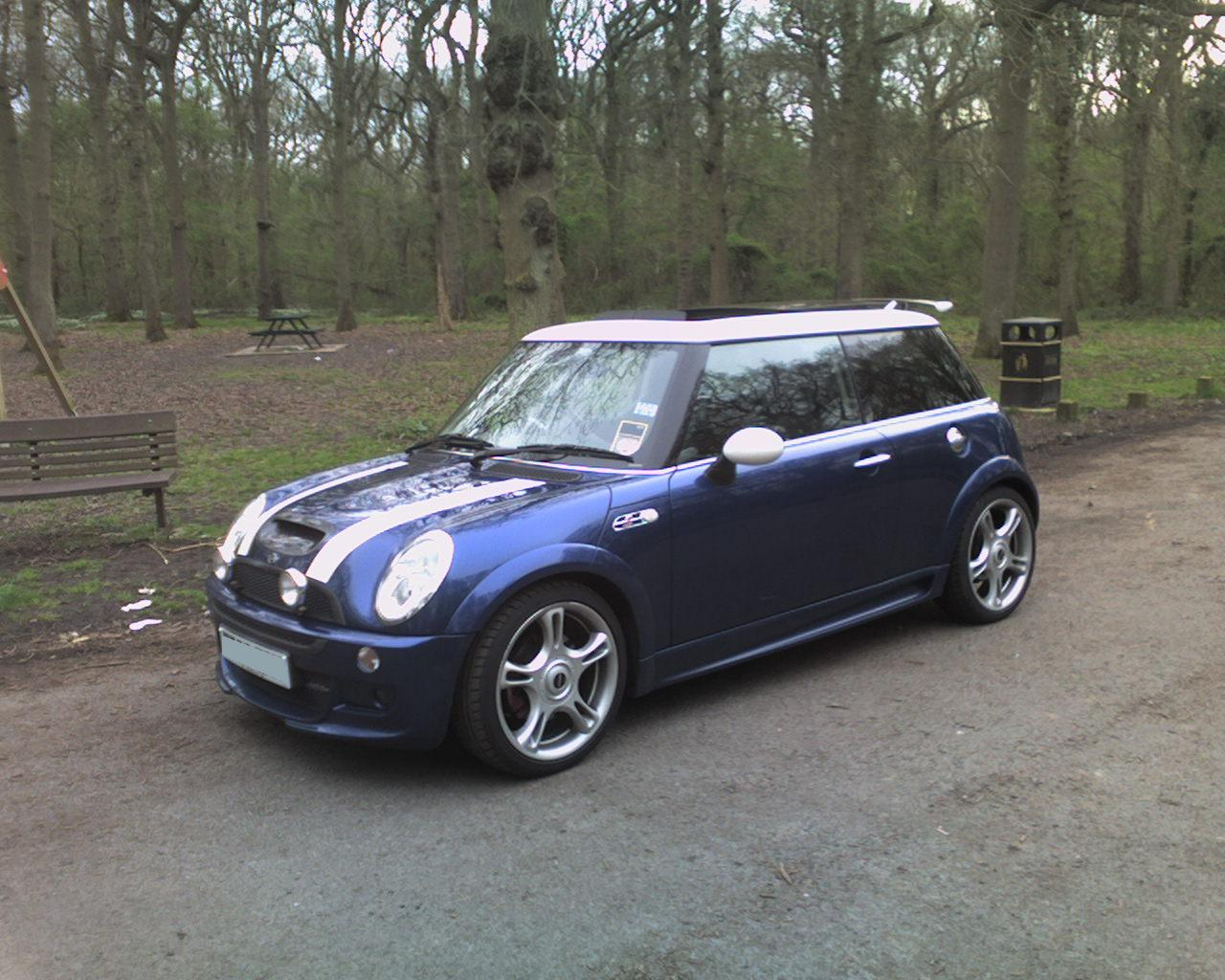 2003 mini cooper s pictures information and specs. Black Bedroom Furniture Sets. Home Design Ideas