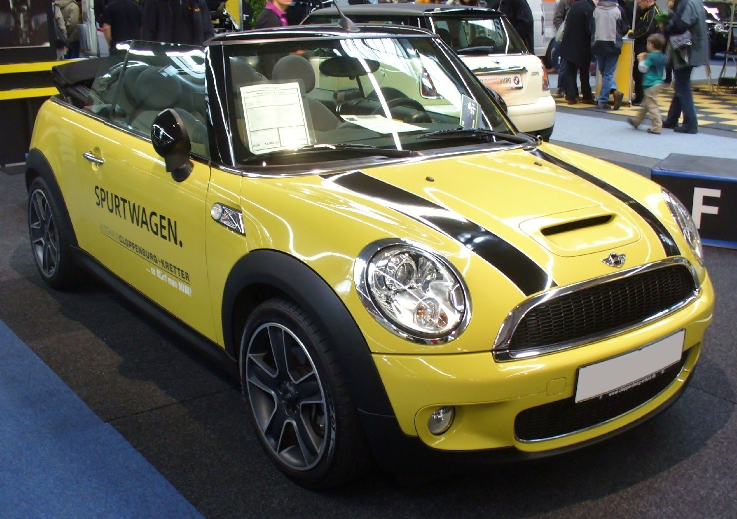 2010 mini cooper s cabrio pictures information and. Black Bedroom Furniture Sets. Home Design Ideas