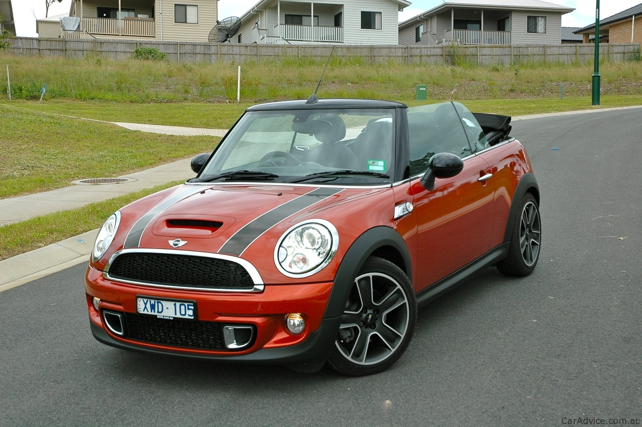 2005 mini one cabrio pictures information and specs auto. Black Bedroom Furniture Sets. Home Design Ideas