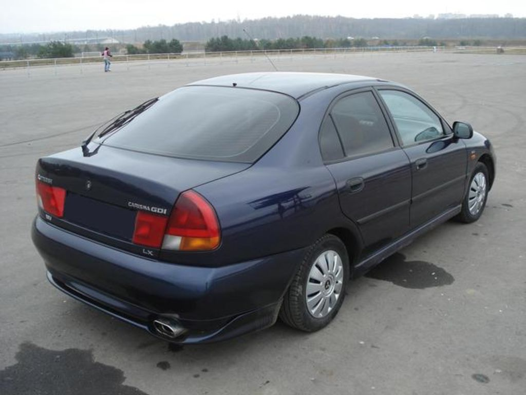 2000 mitsubishi carisma hatchback – pictures, information and specs