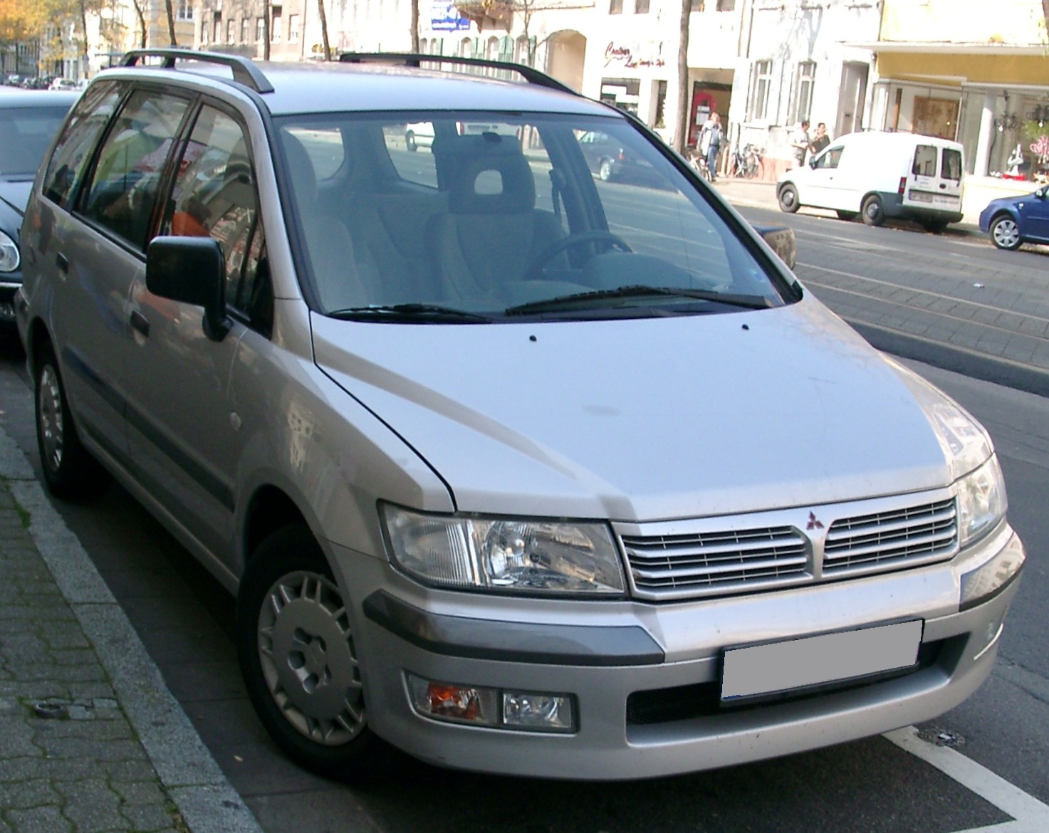 1998 mitsubishi chariot grandis n11 pictures information and rh auto database com