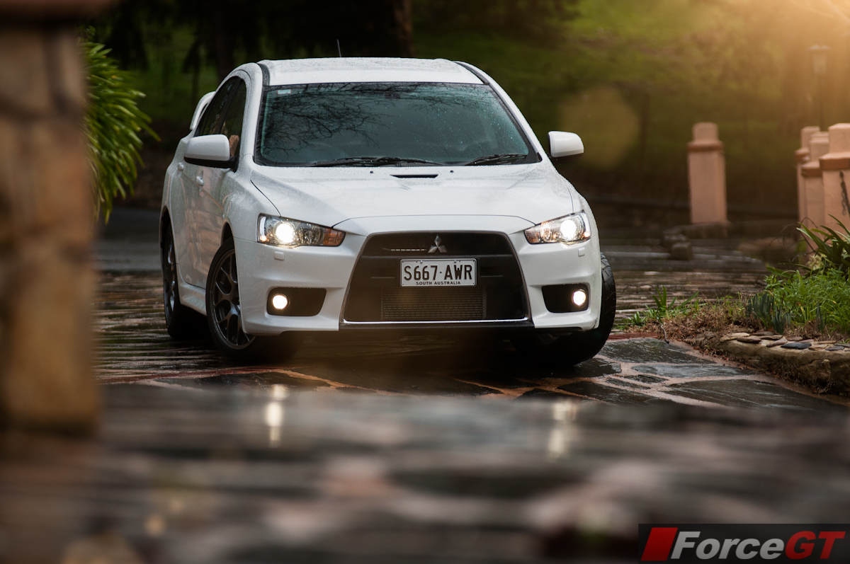 2014 mitsubishi evolution x pictures information and specs
