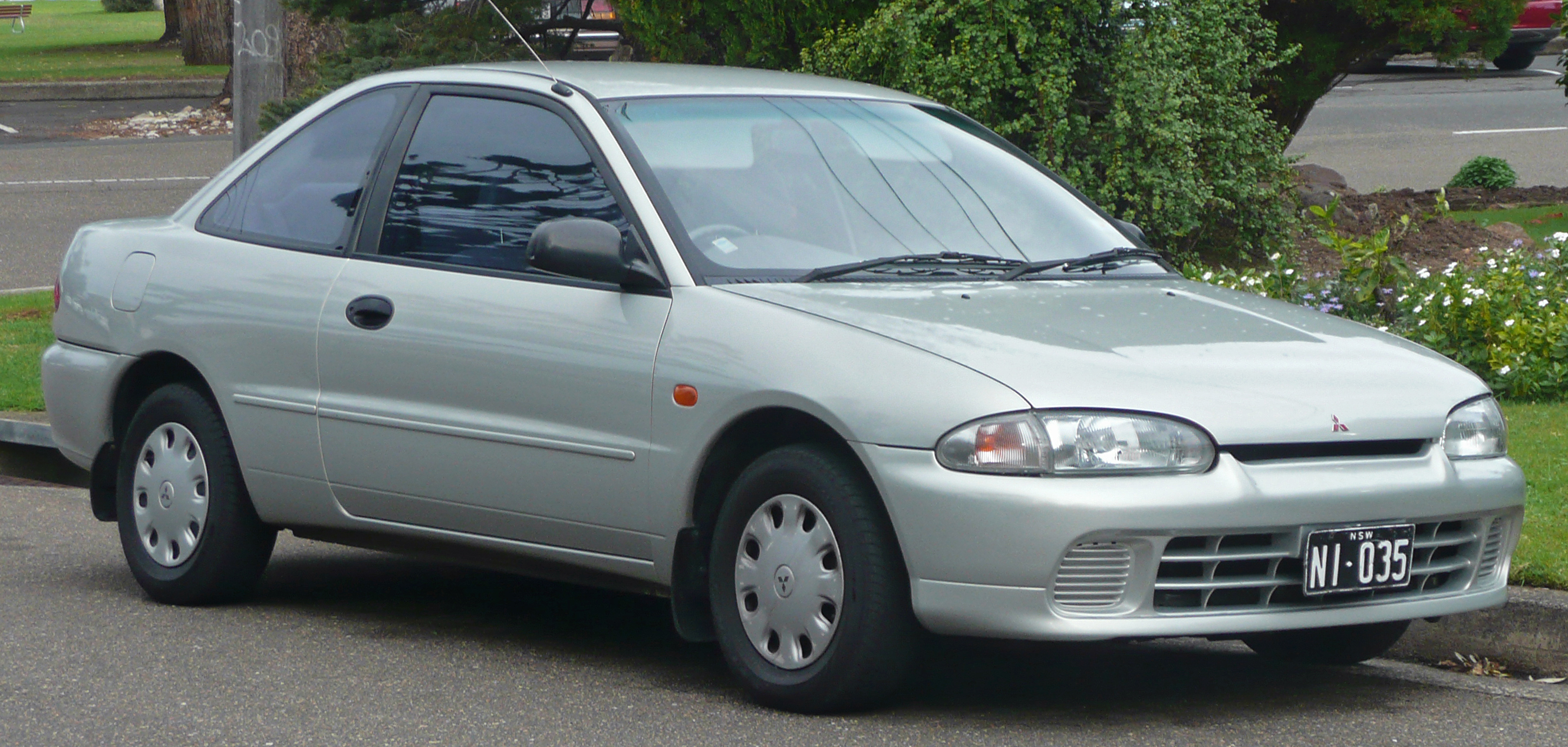 mitsubishi mirage (cjo) 1995 images #2