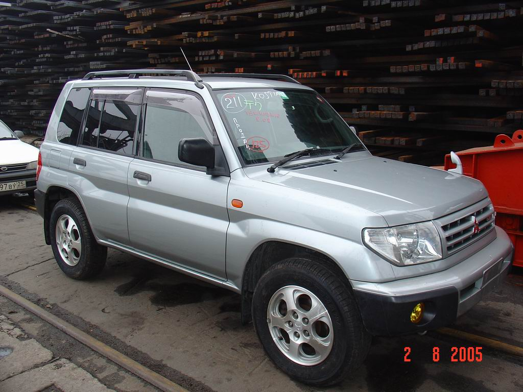 2000 mitsubishi pajero pinin pictures information and. Black Bedroom Furniture Sets. Home Design Ideas