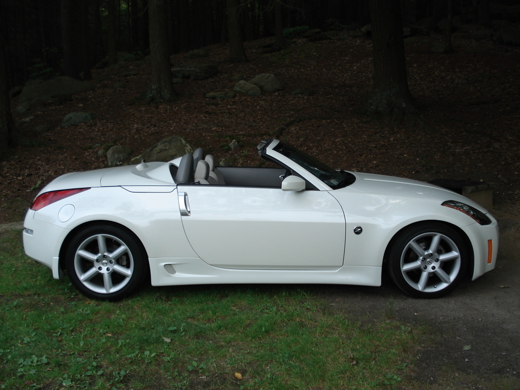 2008 nissan 350z roadster z33 pictures information and specs auto. Black Bedroom Furniture Sets. Home Design Ideas