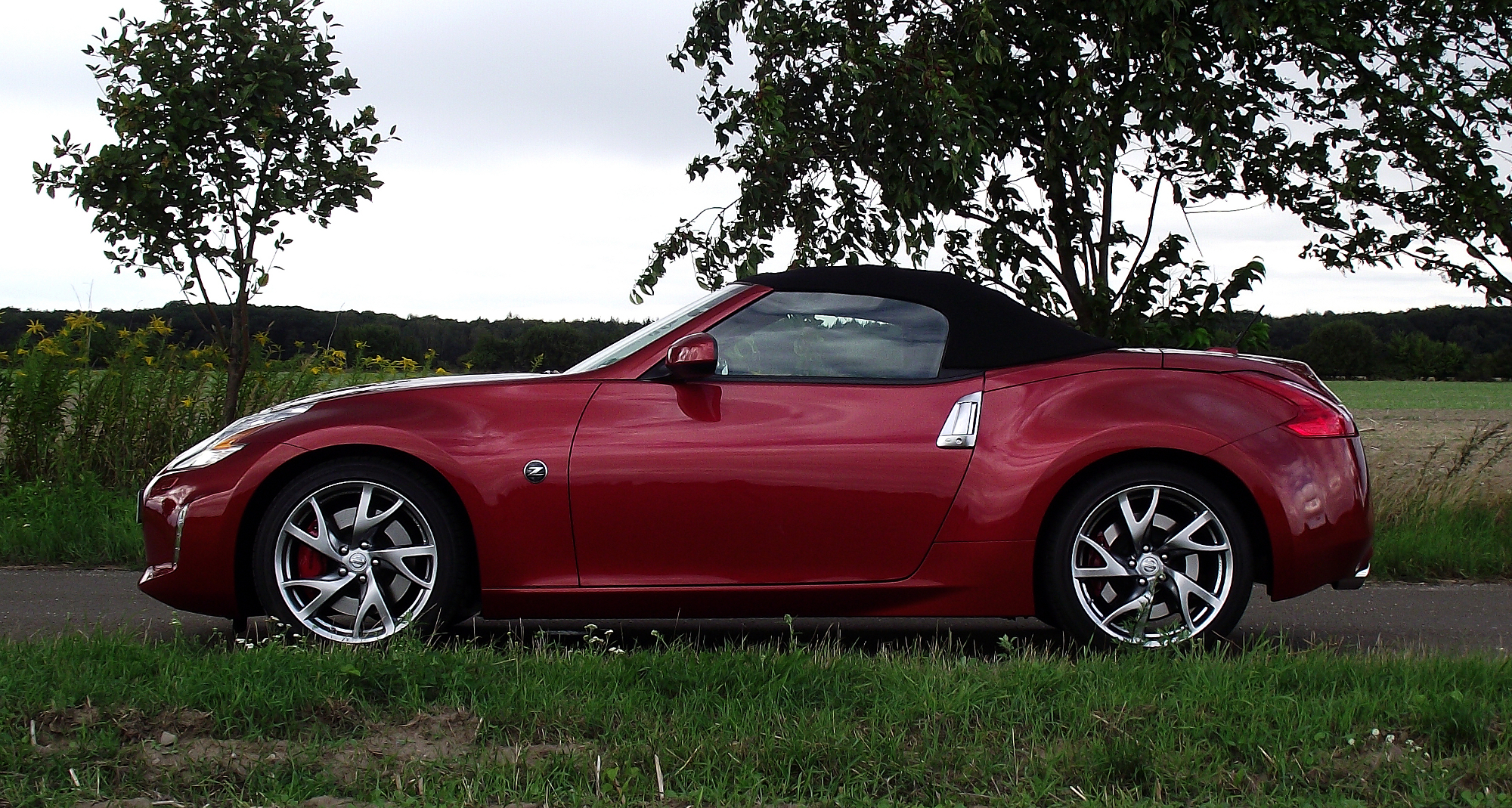 2014 nissan 370z roadster z34 pictures information and specs auto. Black Bedroom Furniture Sets. Home Design Ideas