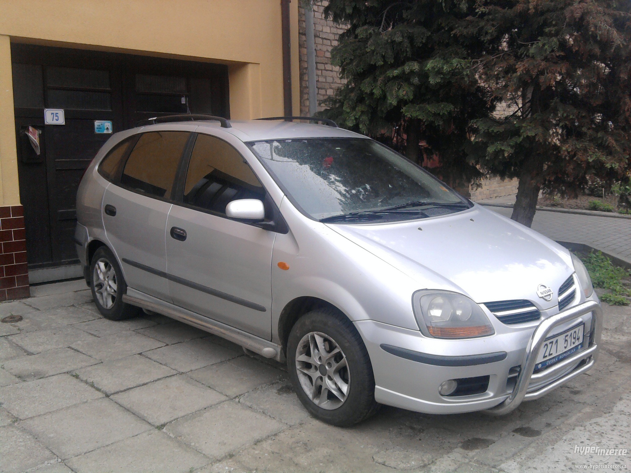 2001 nissan almera tino pictures information and specs. Black Bedroom Furniture Sets. Home Design Ideas