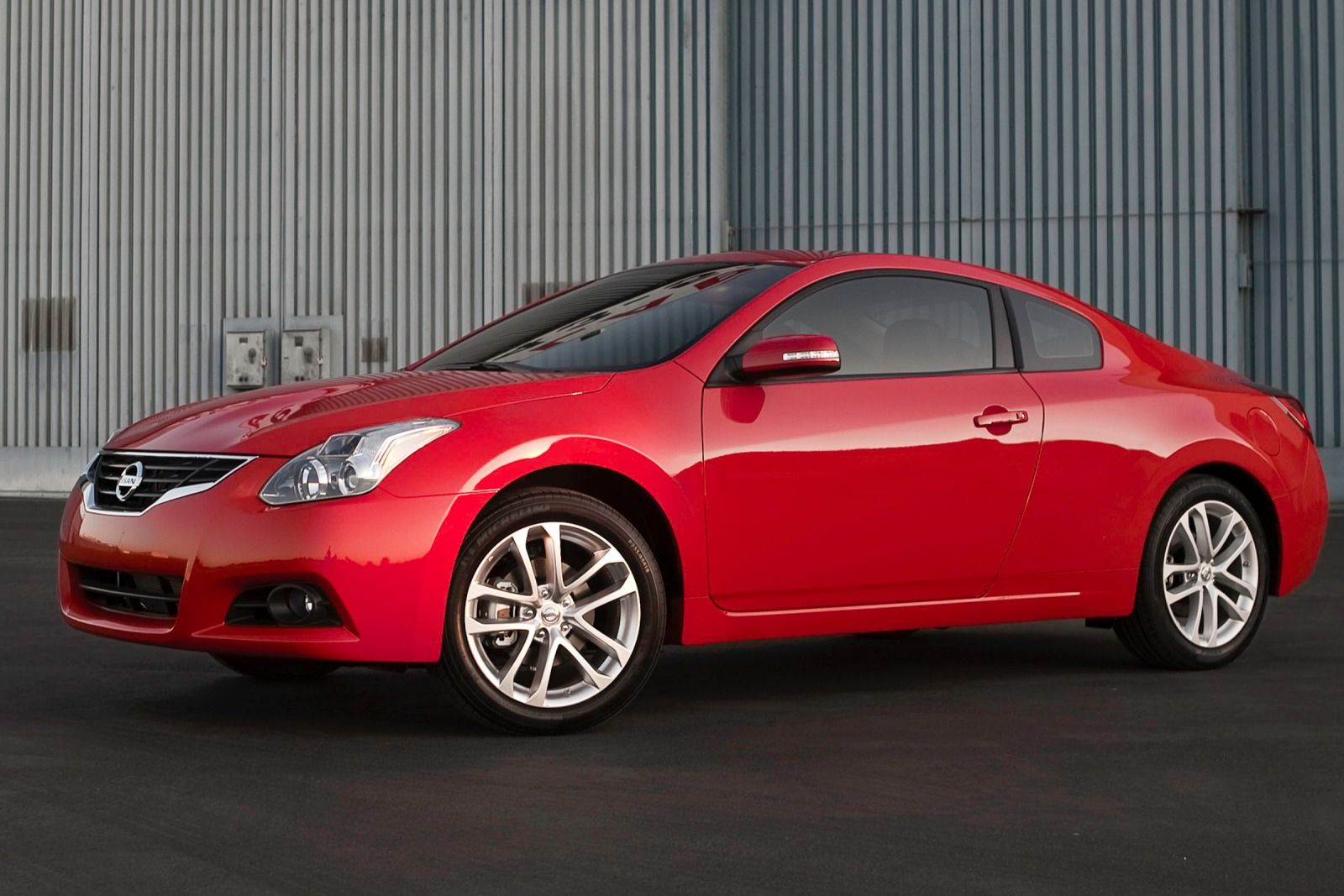 2013 nissan altima vi coupe pictures information and specs auto. Black Bedroom Furniture Sets. Home Design Ideas