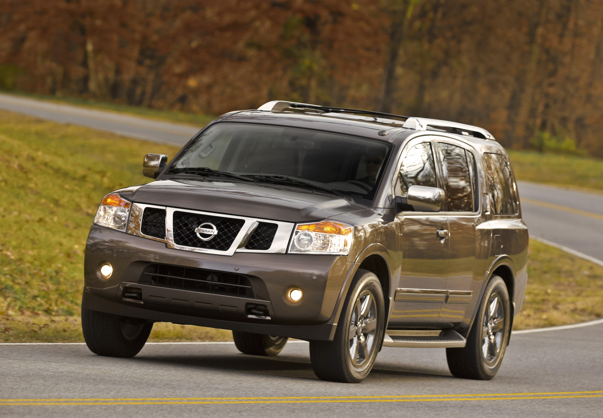 qatar living nissan silver vehicles armada no le