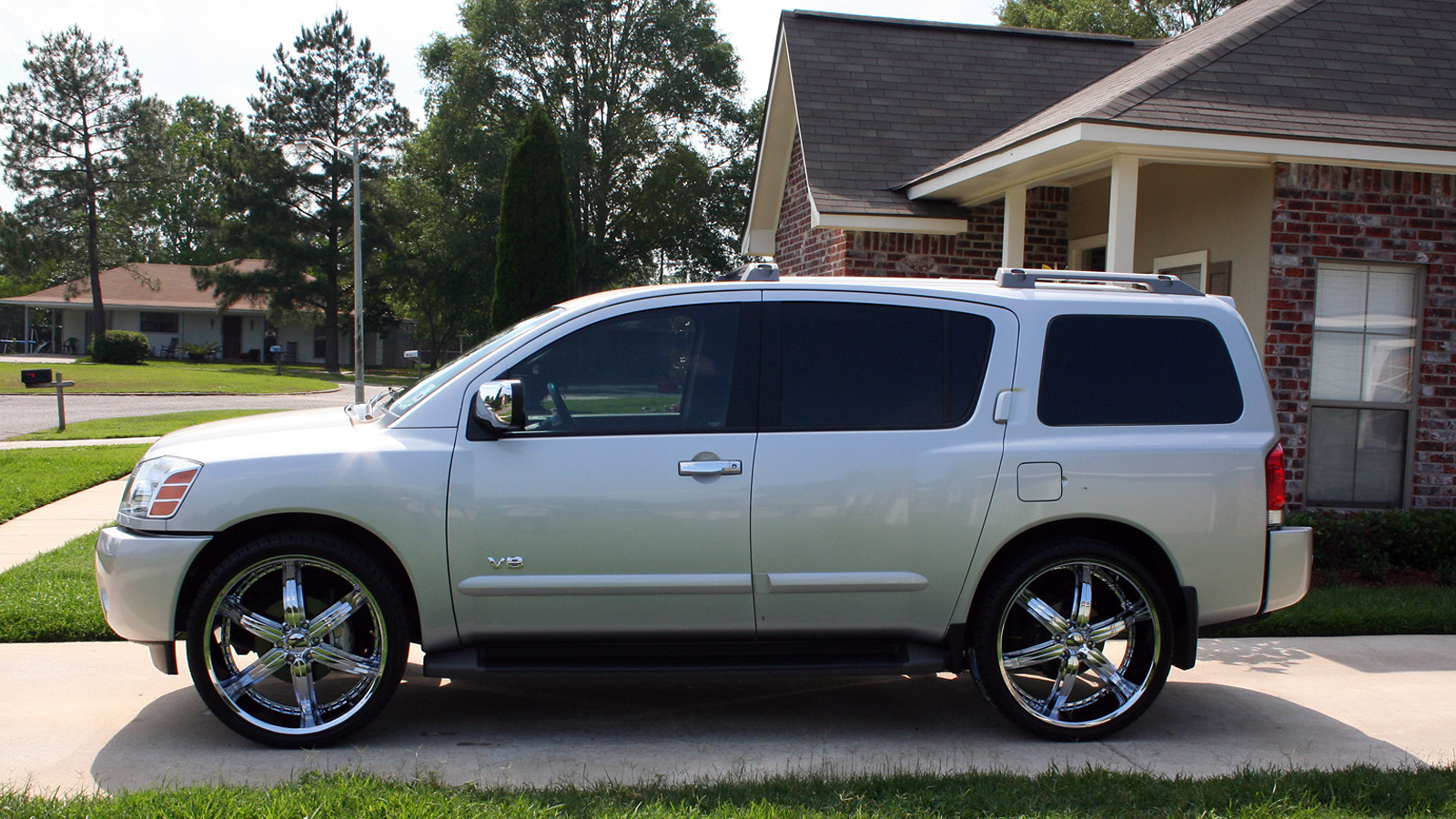 nissan armada images #2