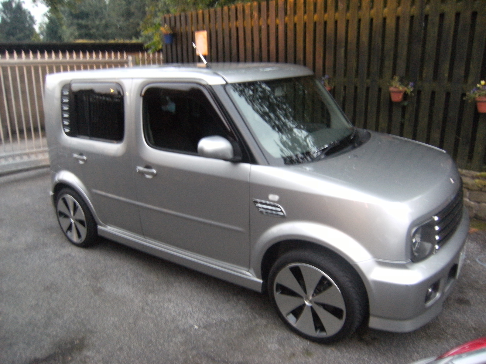 2006 nissan cube ii pictures information and specs auto. Black Bedroom Furniture Sets. Home Design Ideas