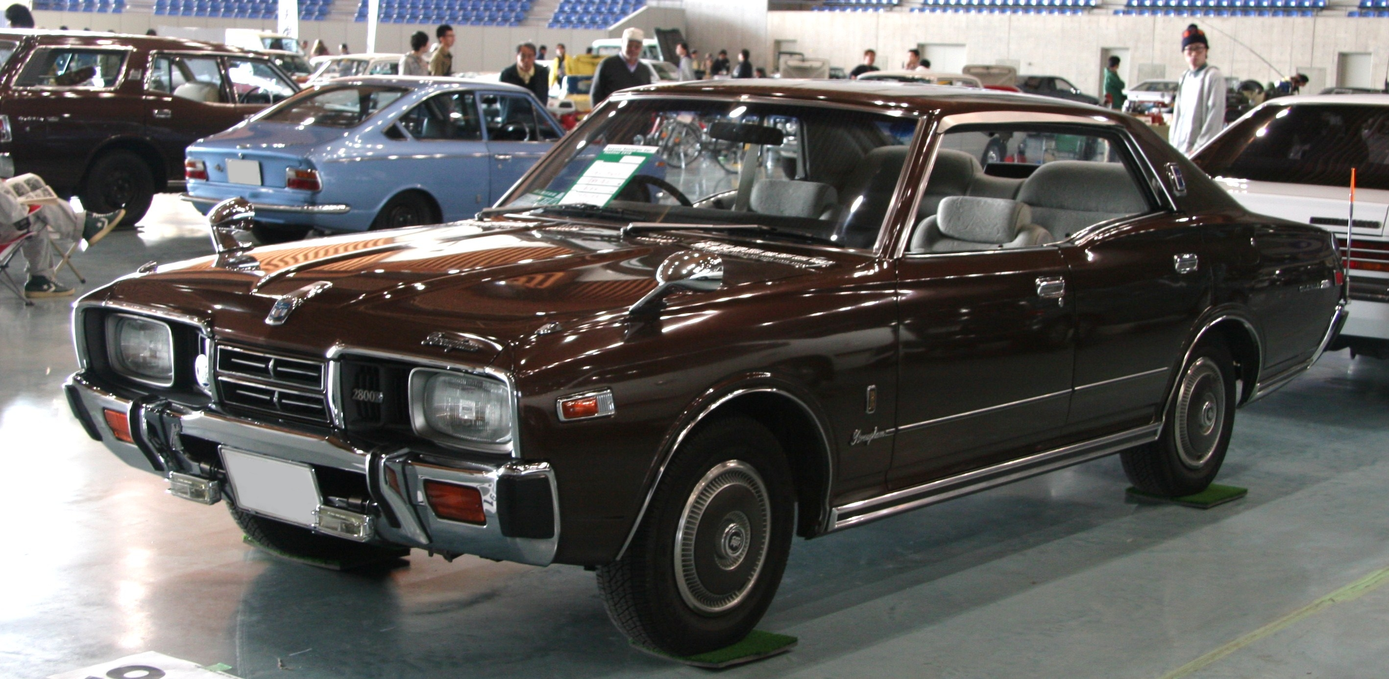 nissan gloria images #4