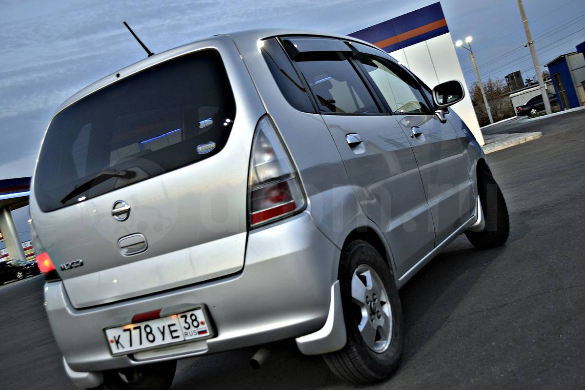 nissan moco 2005 pictures