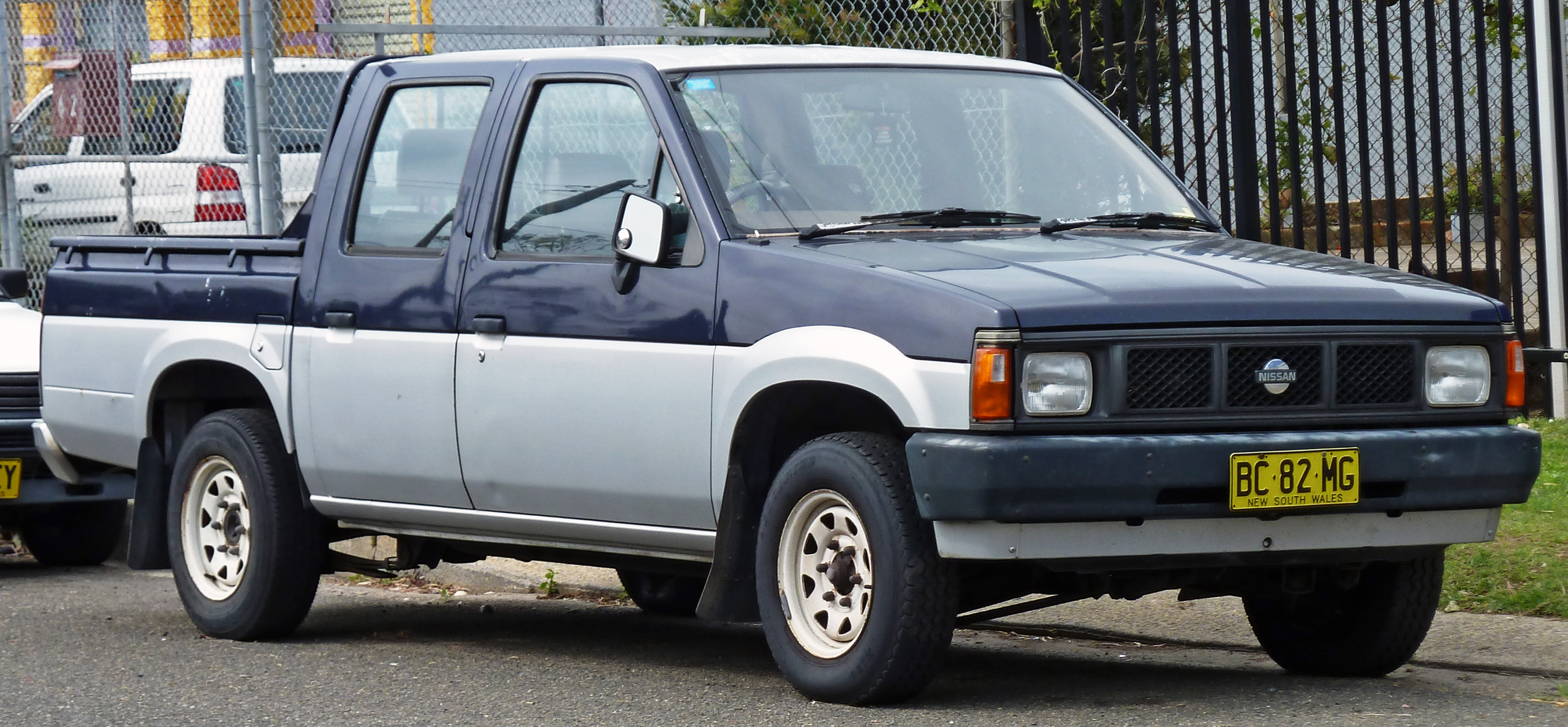 nissan navara d21 1990 wallpaper